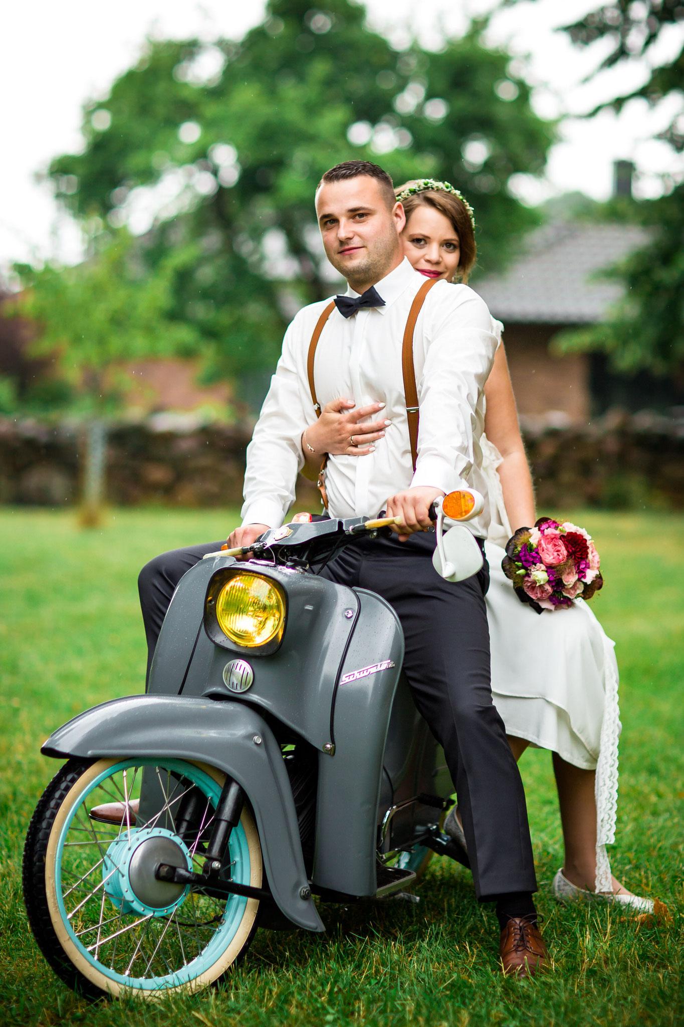 Hochzeit mit der Simson Schwalbe