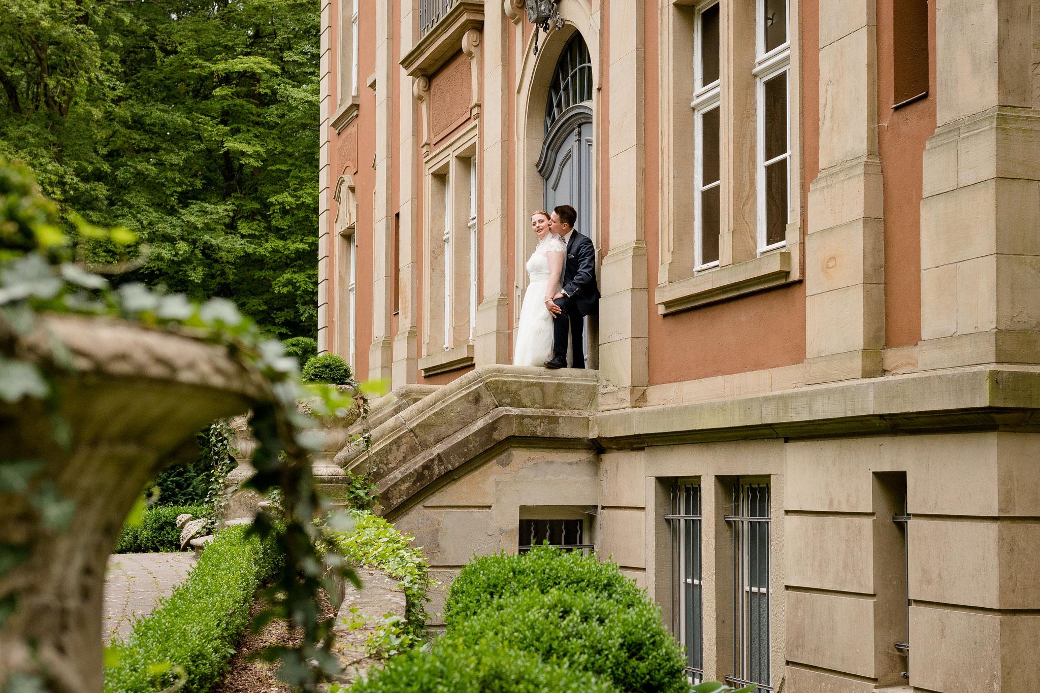 Brautpaar Shooting vor Schloss Eldingen