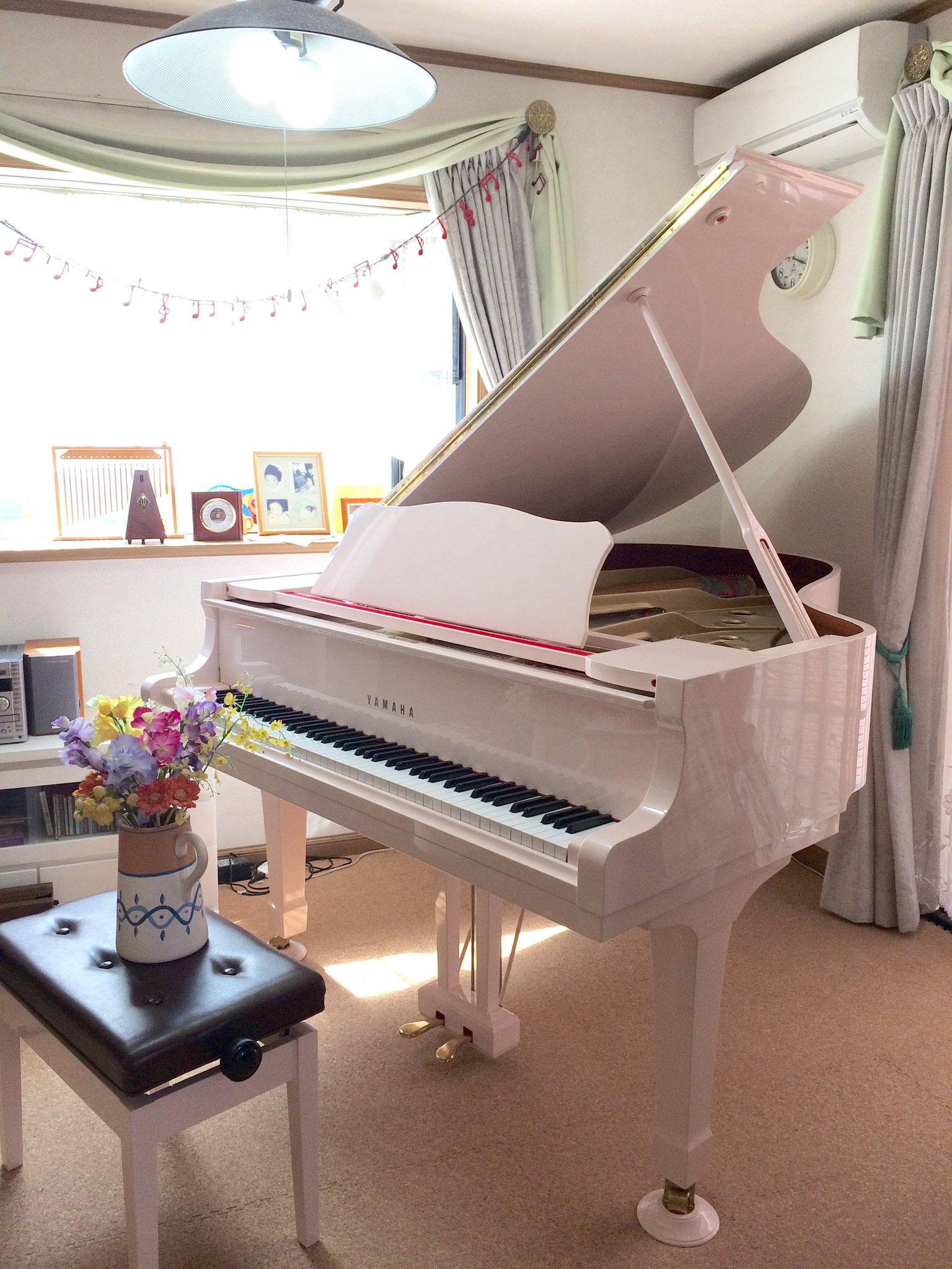 世界で1つの桜色ピアノでレッスン