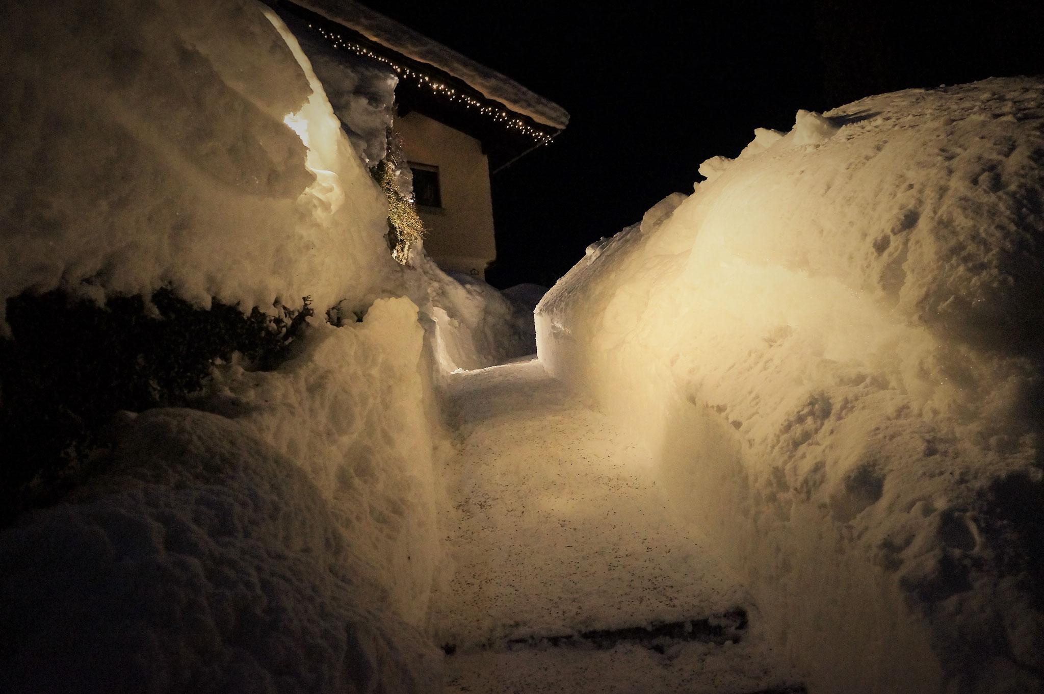 Aufgang Winternacht