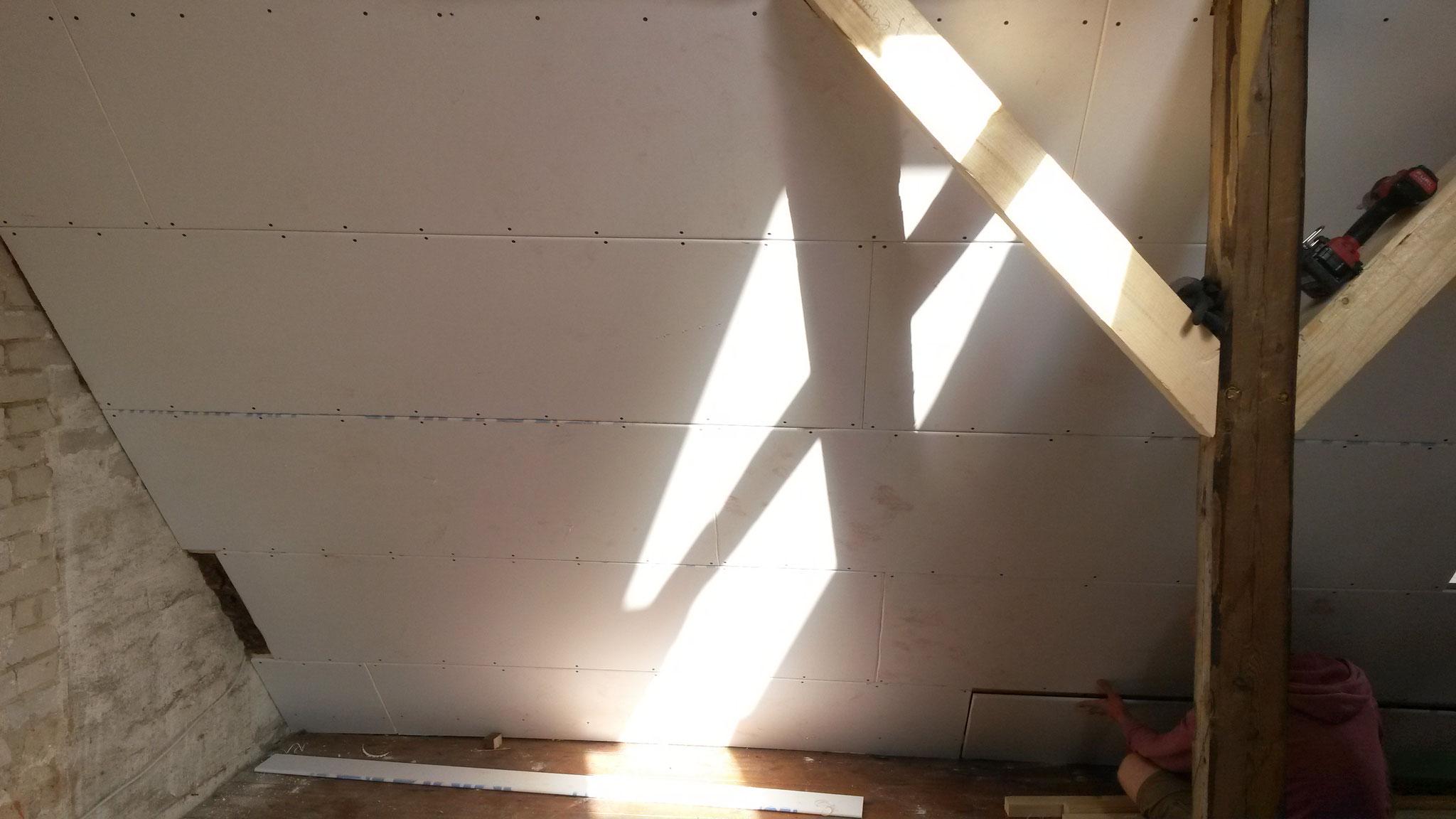 Beplankung mit Rigipsplatten