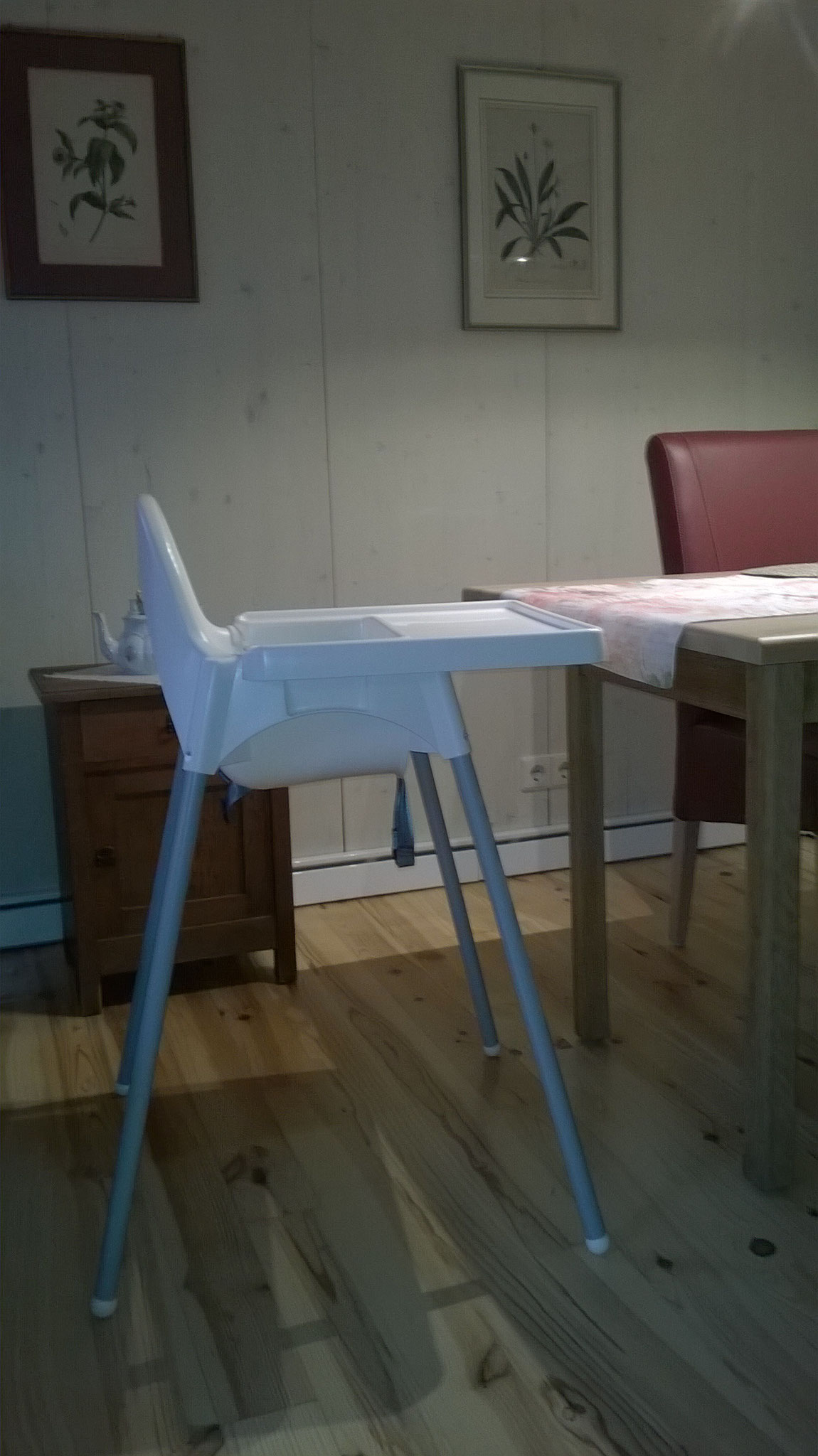 Kinderstuhl/ Highchair