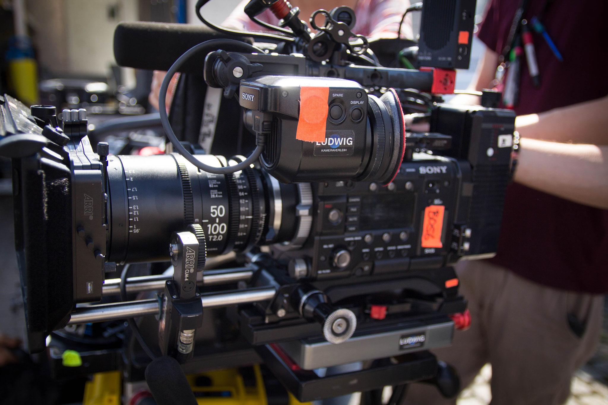 Das neue Sigma 50-100 T2.0 PL an der Sony F55 von Kamera Ludwig