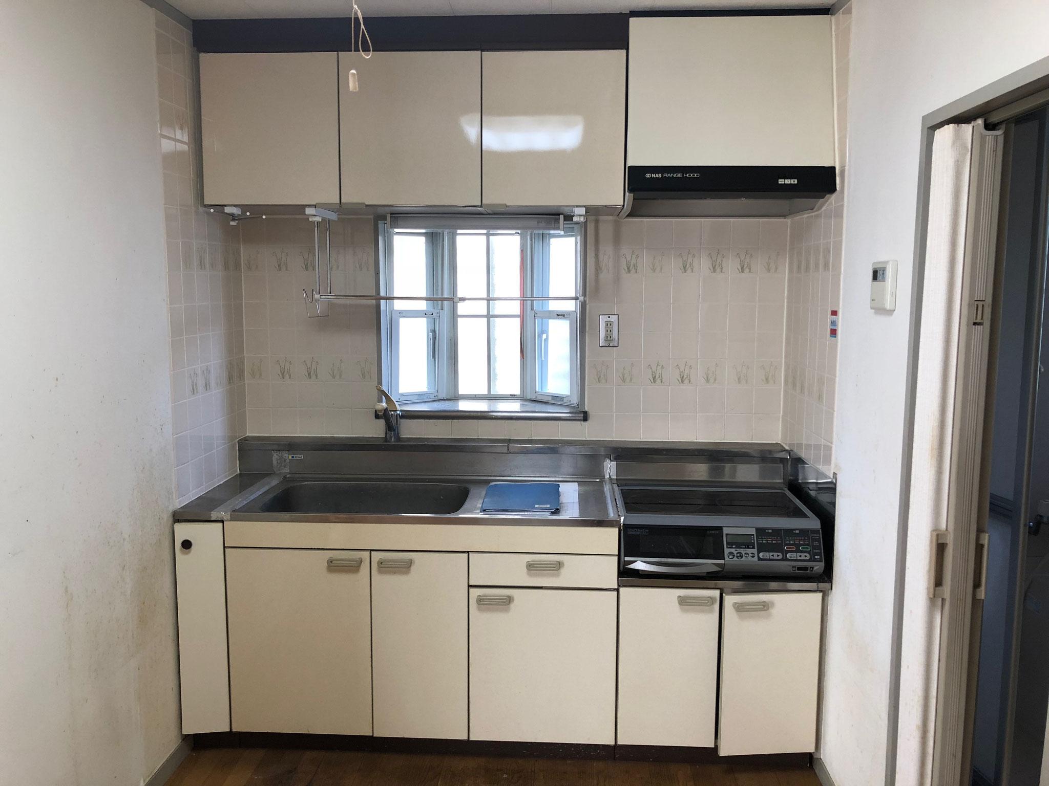 施工前は台所スペース