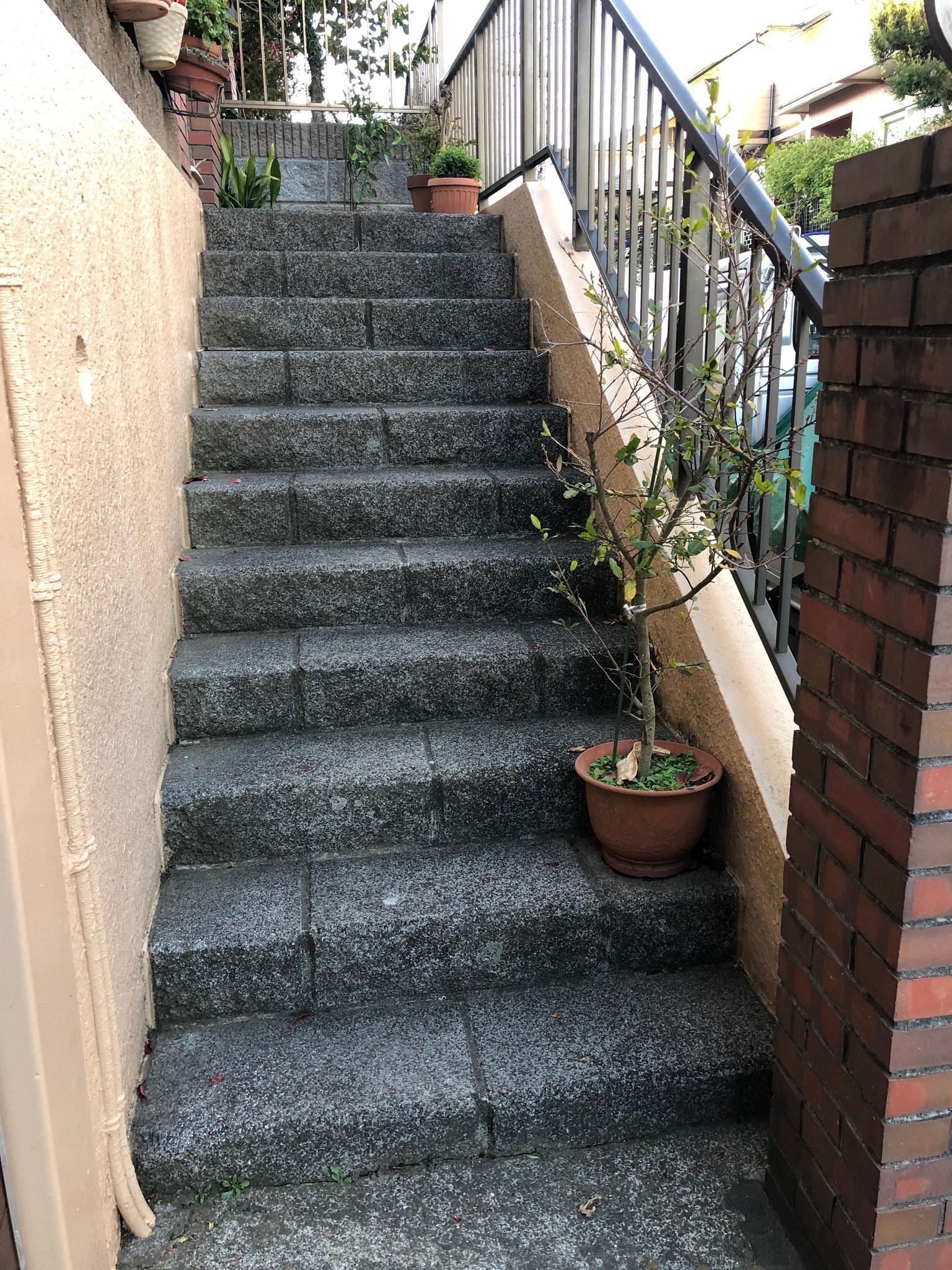 外階段◆施工前◆