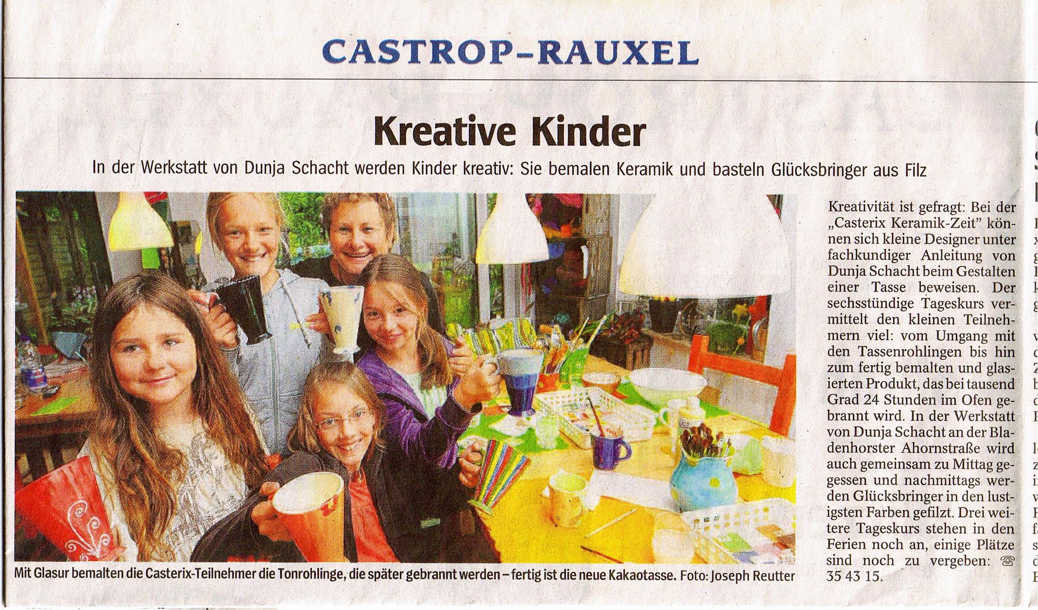 Die KeramikZeit im Casterix-Ferienprogramm 2009. (Quelle: WAZ vom 24.07.2009)