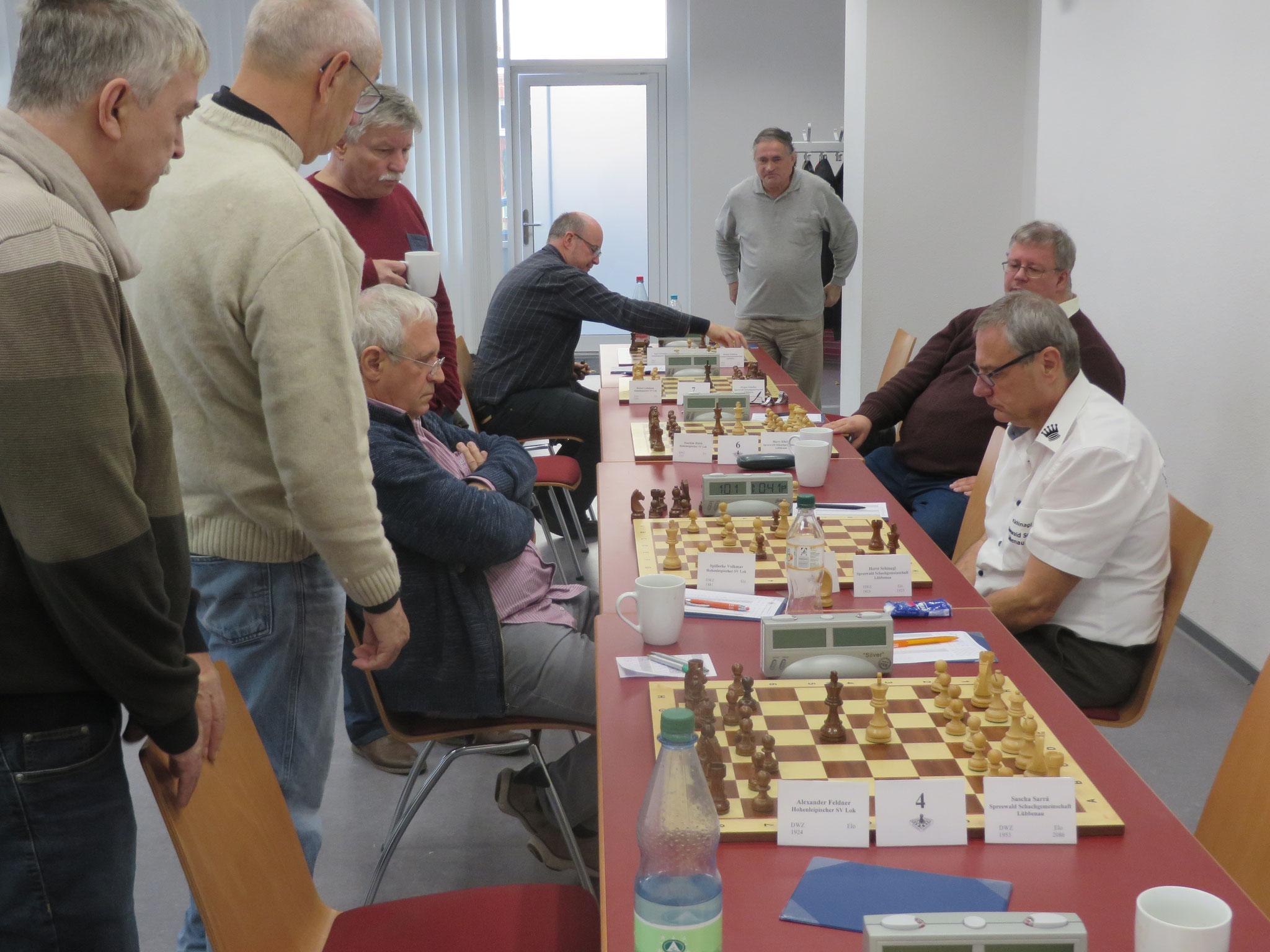 Das Match ist schon entschieden und Horst kämpft in der letzten Partie noch um den vollen Punkt