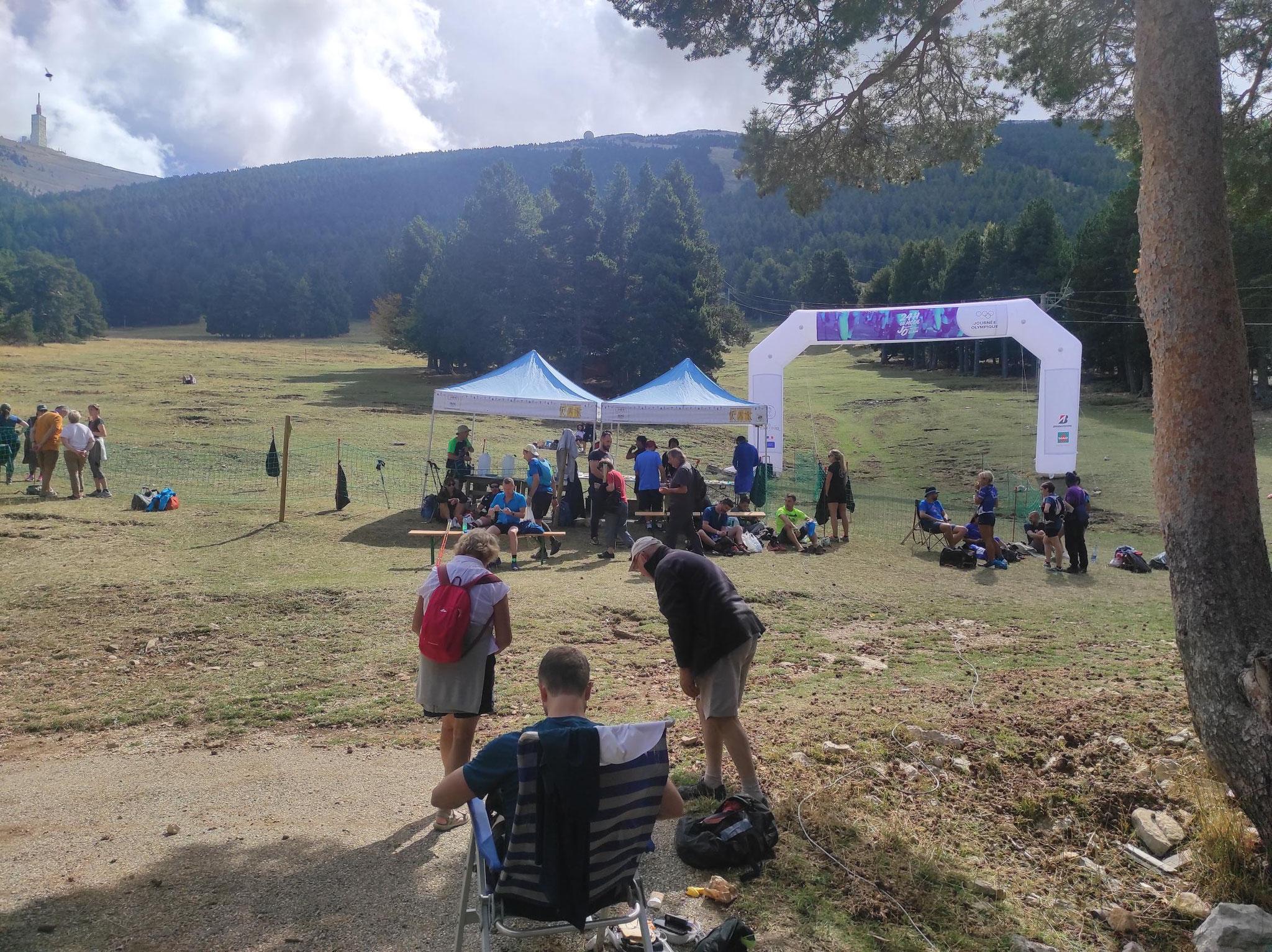 27-La base vie, au Mont Serein (55kms, 9h d'effort)