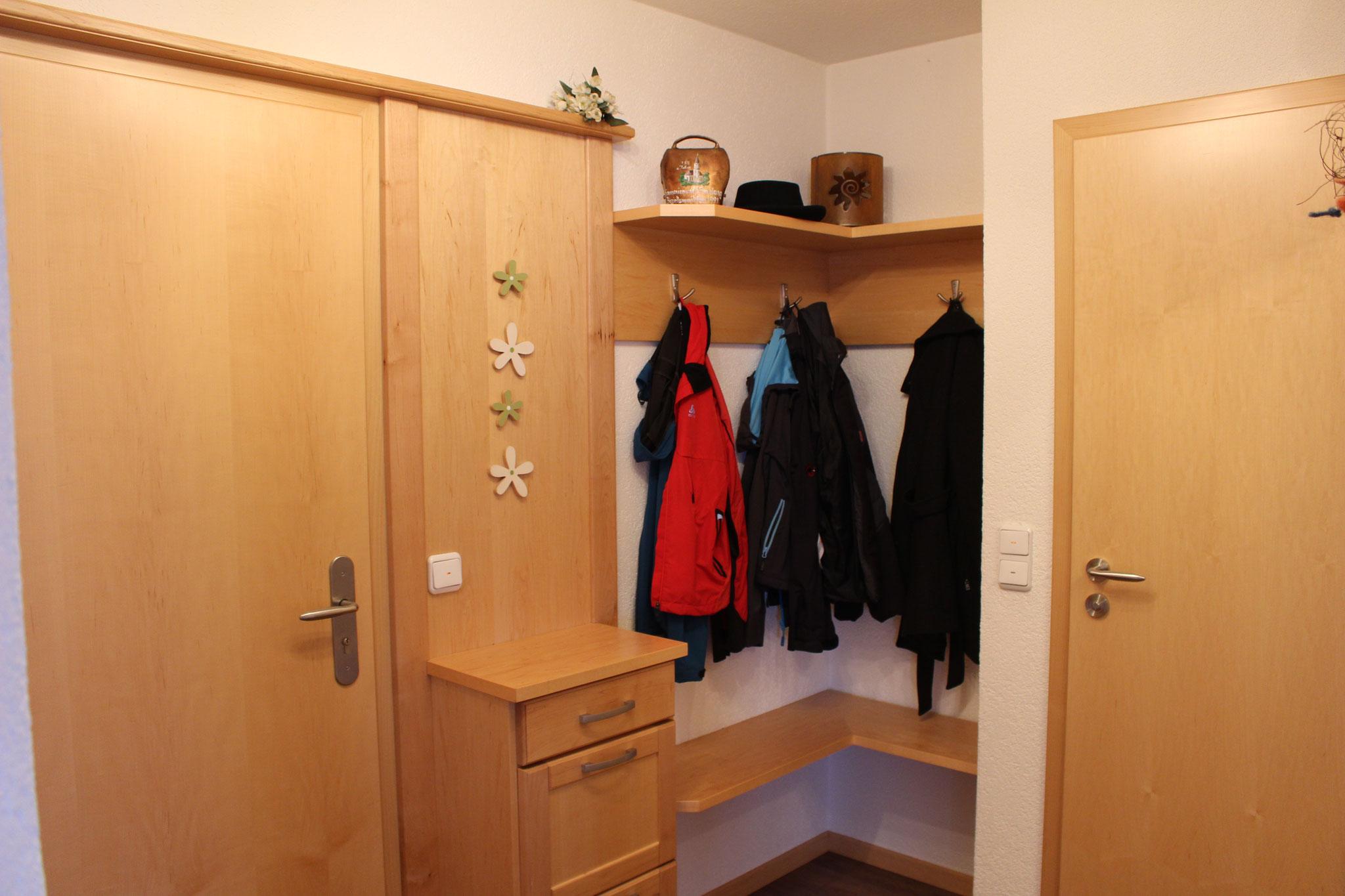 Garderobe aus kanadischen Ahorn