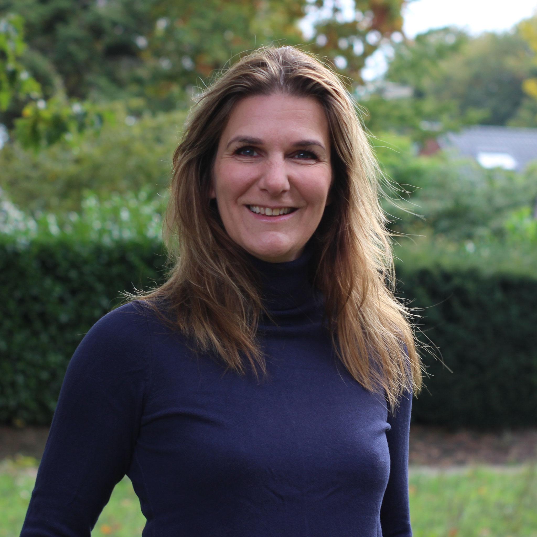 Claudia Demmers