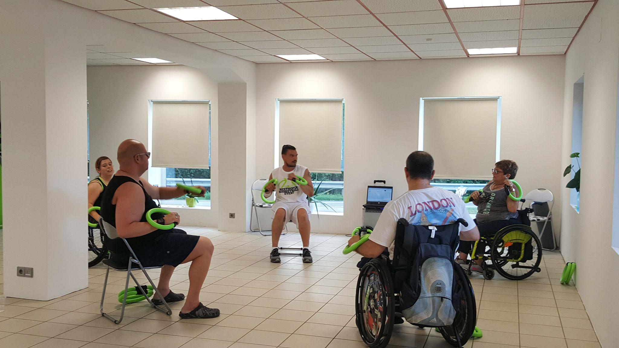 smovey Training im Rollstuhl