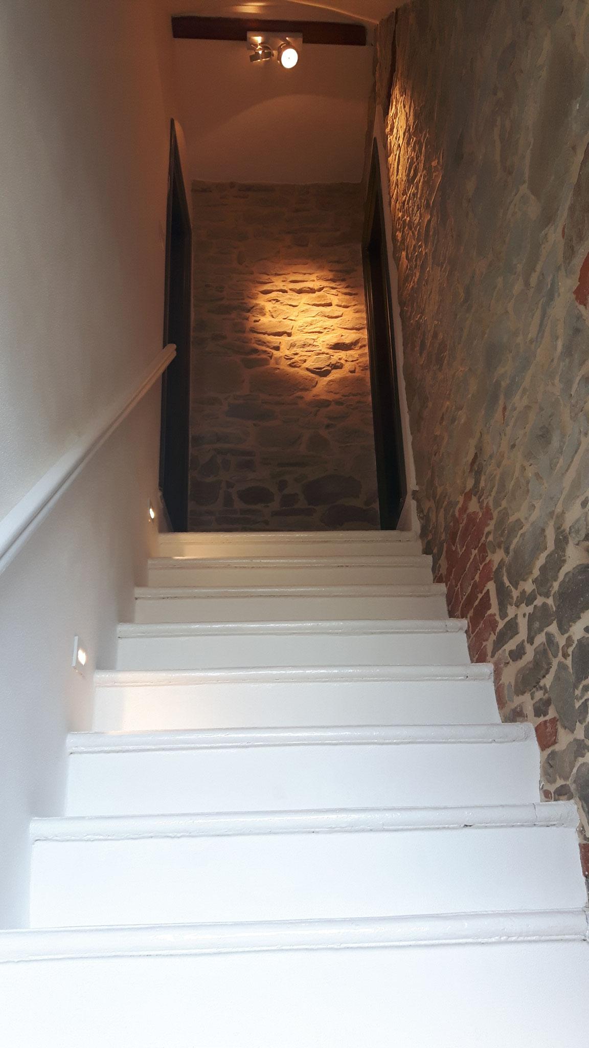 . . .  bevor dieses schmucke Treppenhaus entstand.