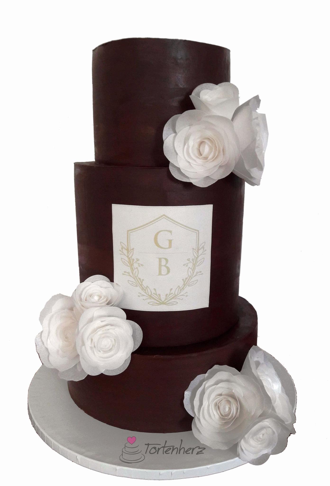 Ganache Hochzeitstorte mit Waferpaper Rosen