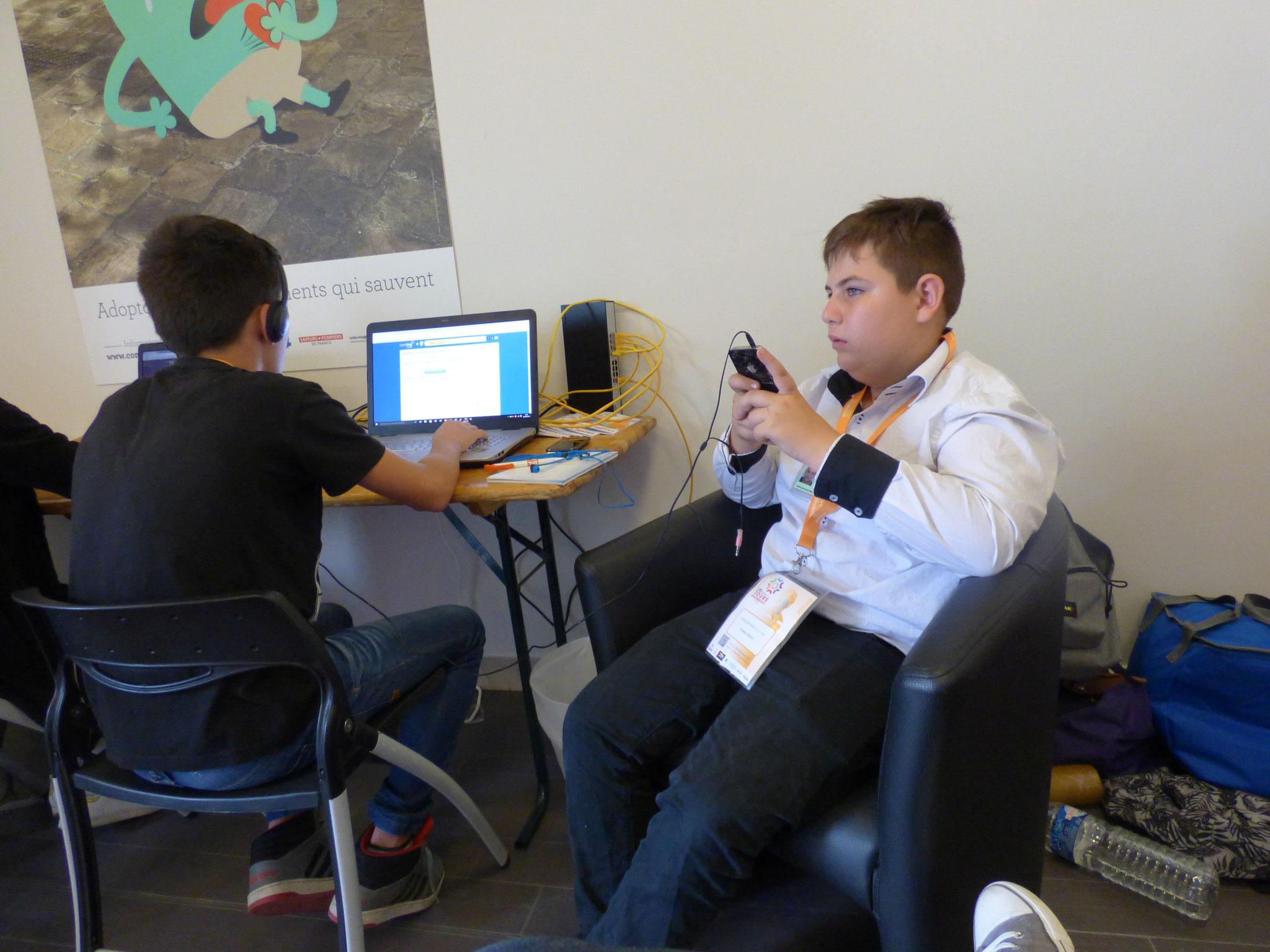 Les élèves écrivent en live leurs articles