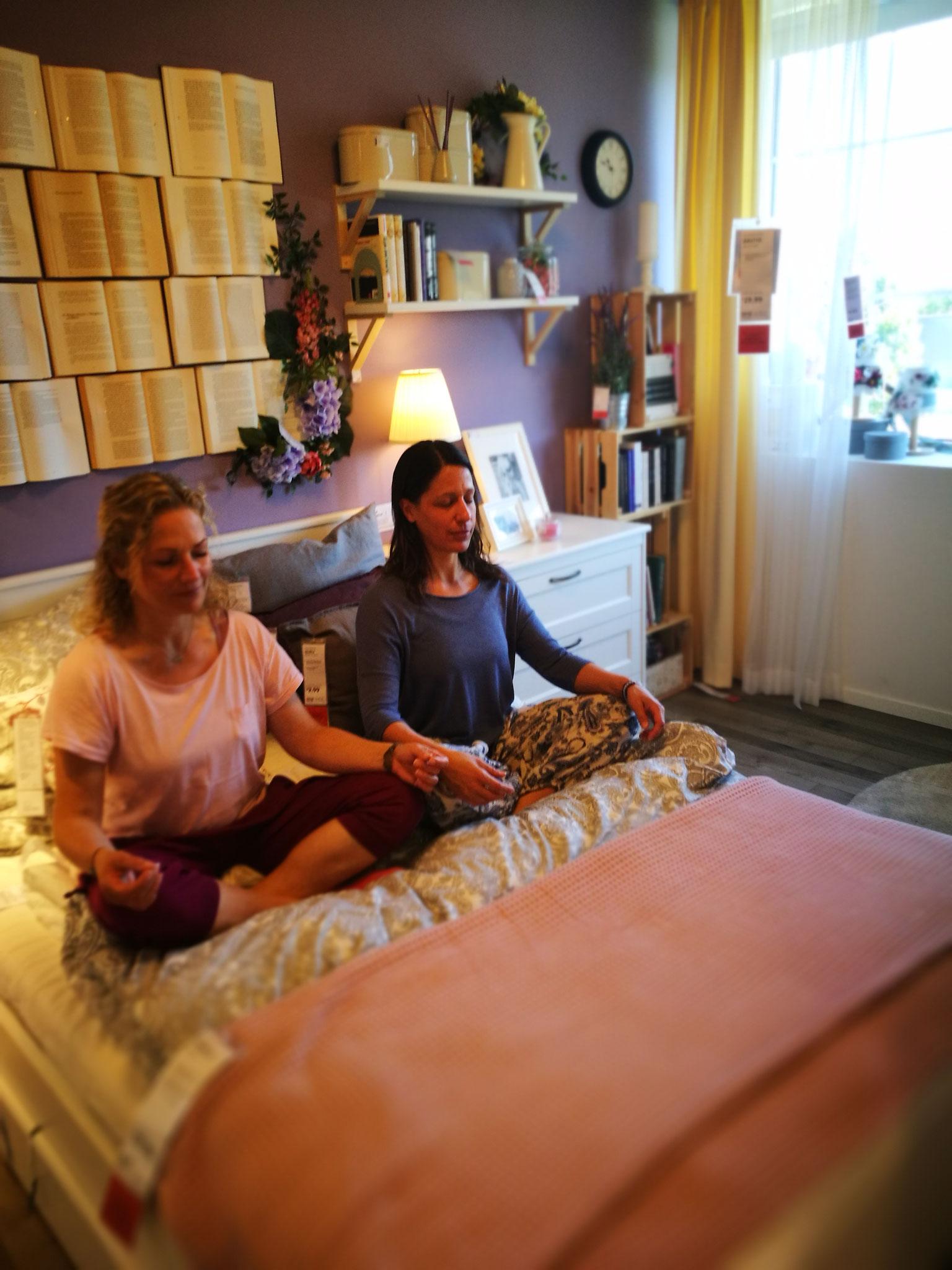 Meditatio mit Katharina und Jana