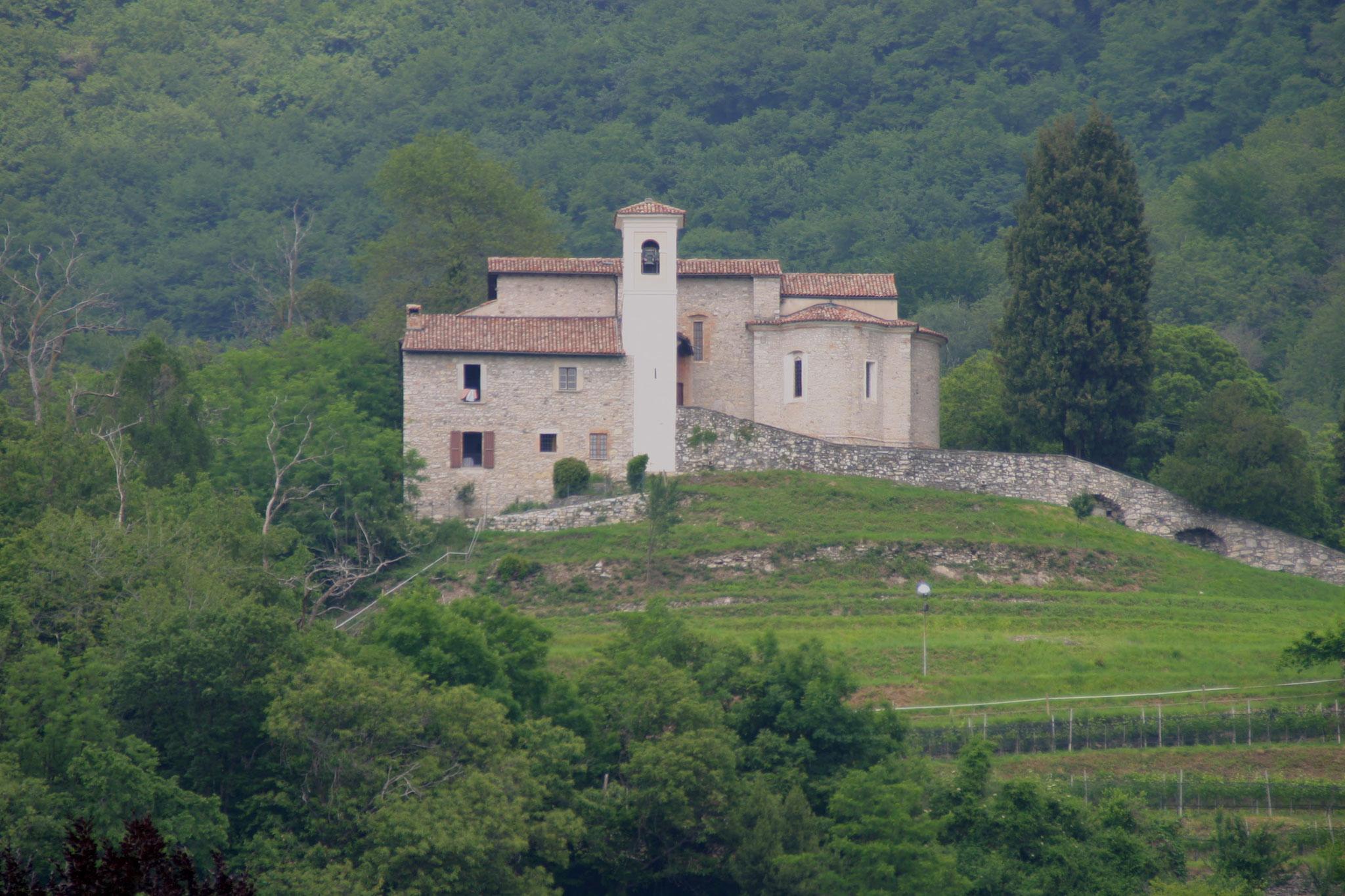 La Chiesa di S. Antonino / frazione di Obino