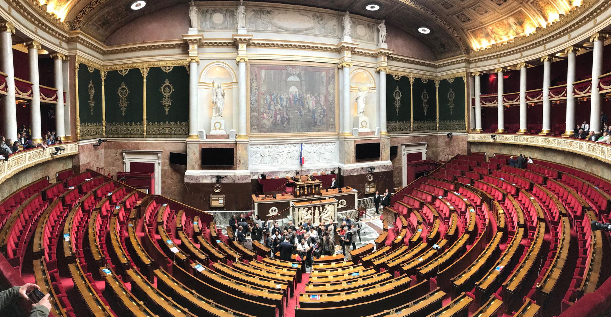 Im Herzen der französischen Politik: der Plenarsaal der Nationalversammlung.