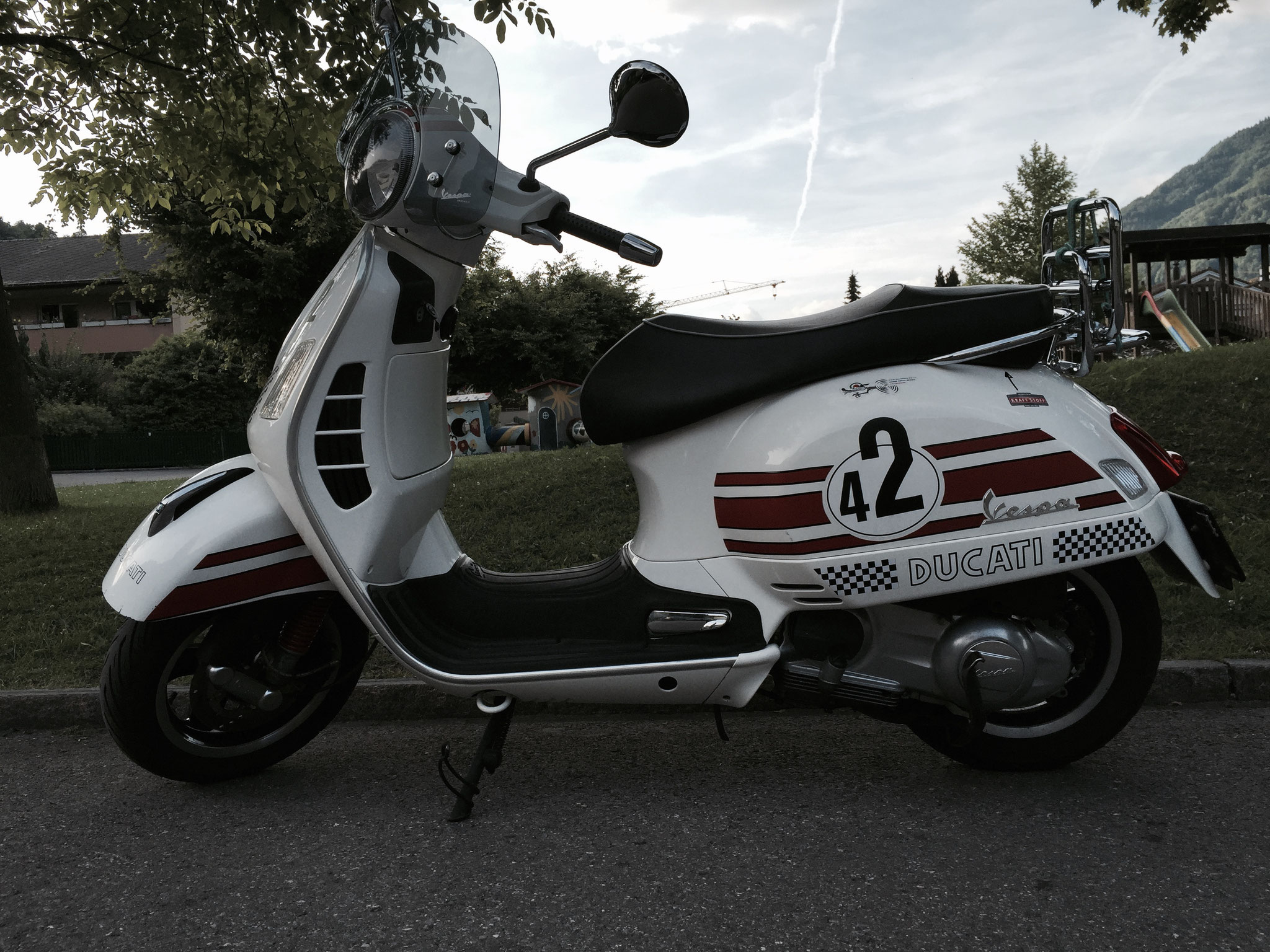 My Vespa GTS 300 in Ducati Design