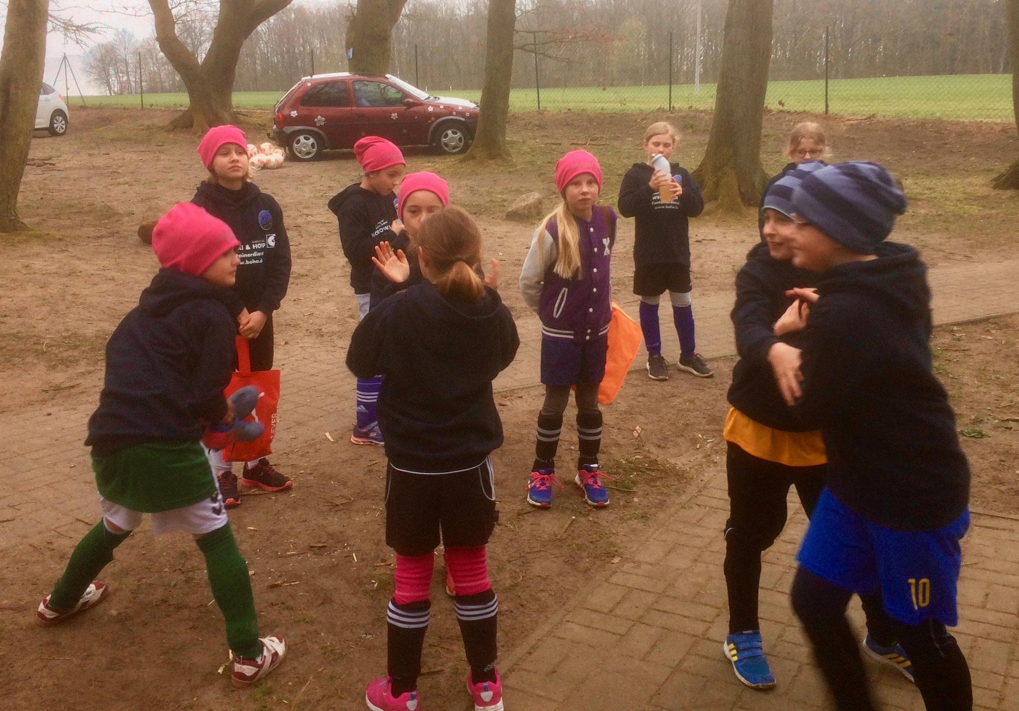 Es war ein richtig tolles Wochenende! Sehr schön zu sehen, wie die Mädchen auch teamübergreifend zusammengewachsen sind.