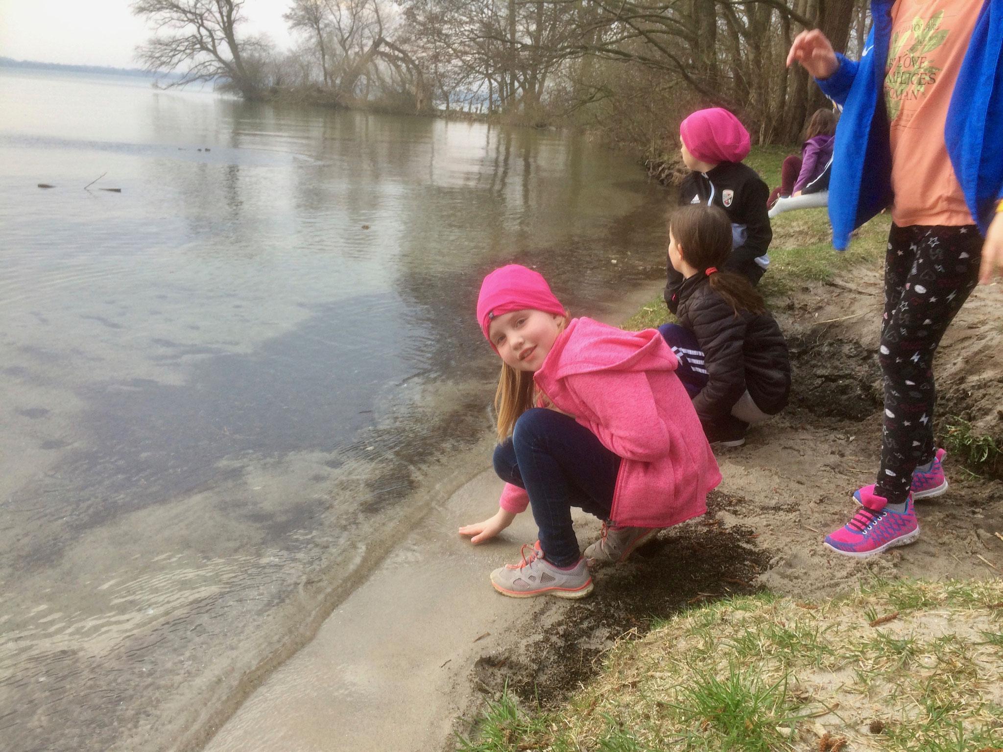 Lea waren zumindest mit den Händen im Schweriner See
