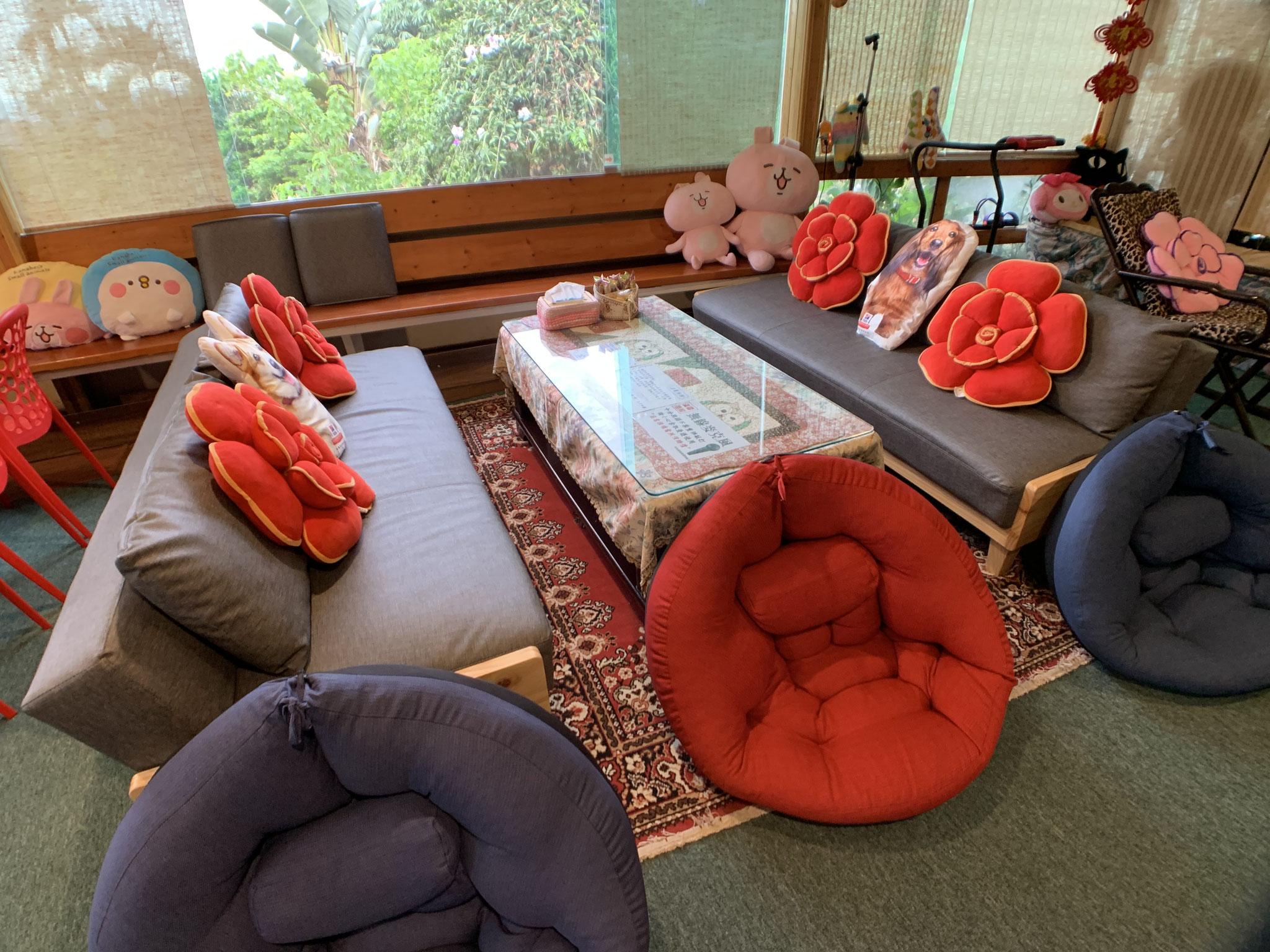 寬敞沙發床/懶骨頭椅