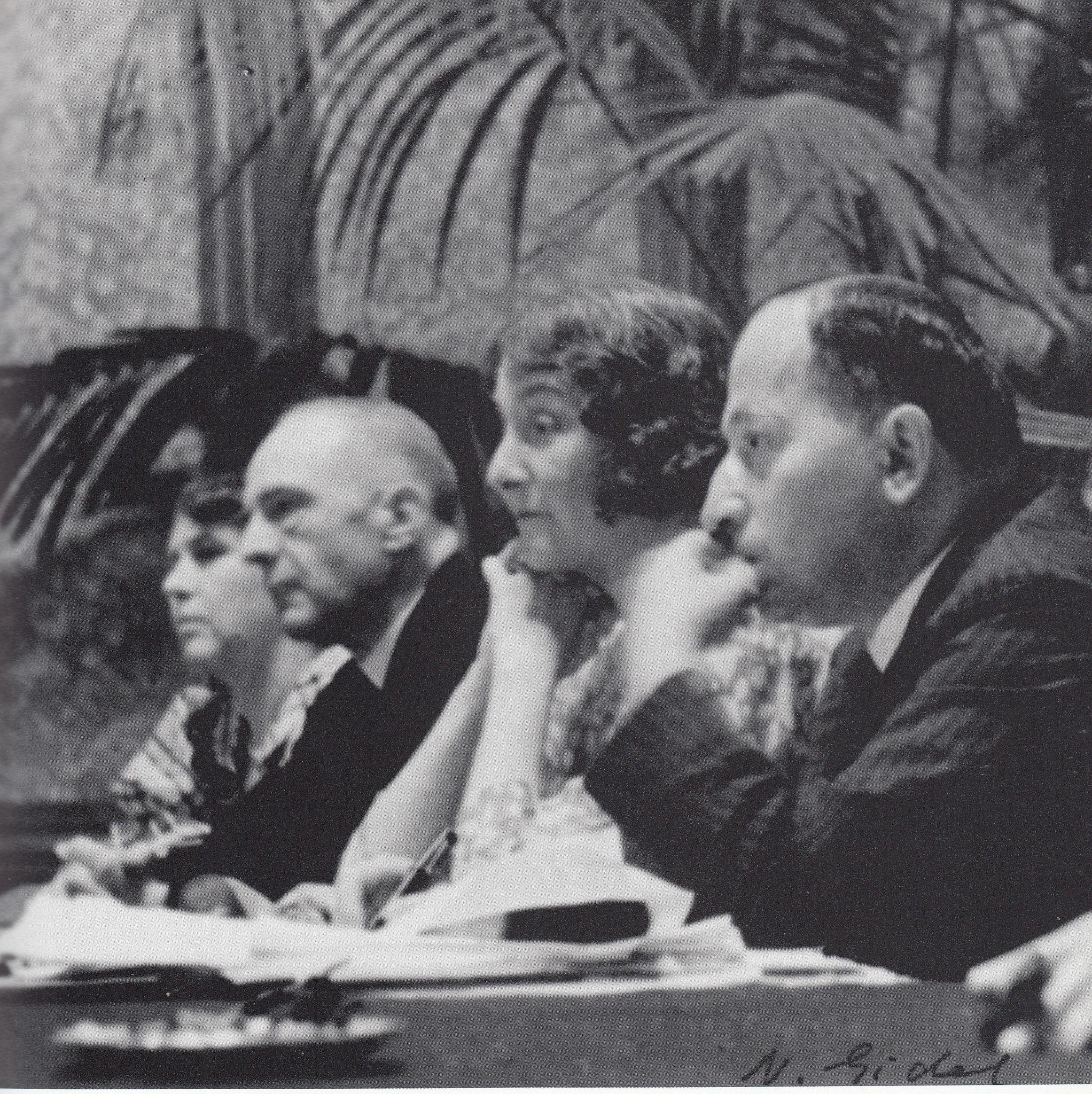 1934, Luzern. v.l. K u. E. Jones, Marie Bonaparte und Radó