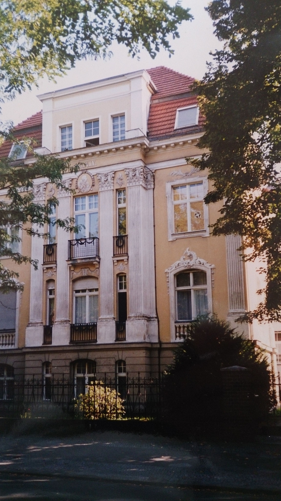 Berlin-Grunewald, Caspar-Theysstraße 9