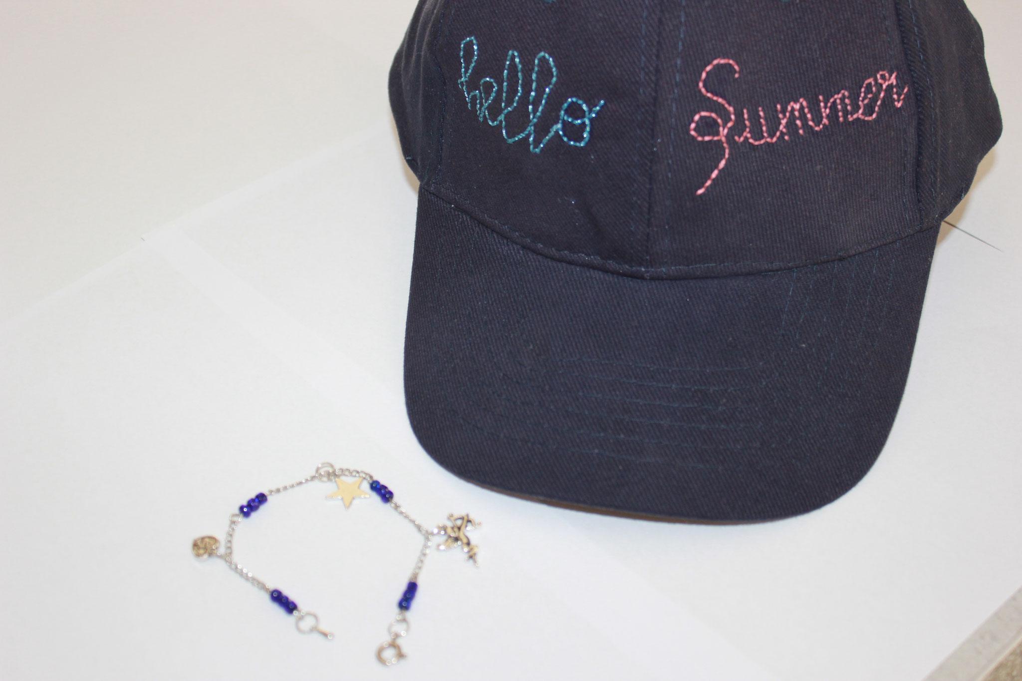 Lot de bracelet et casquette marine brodée fait-main