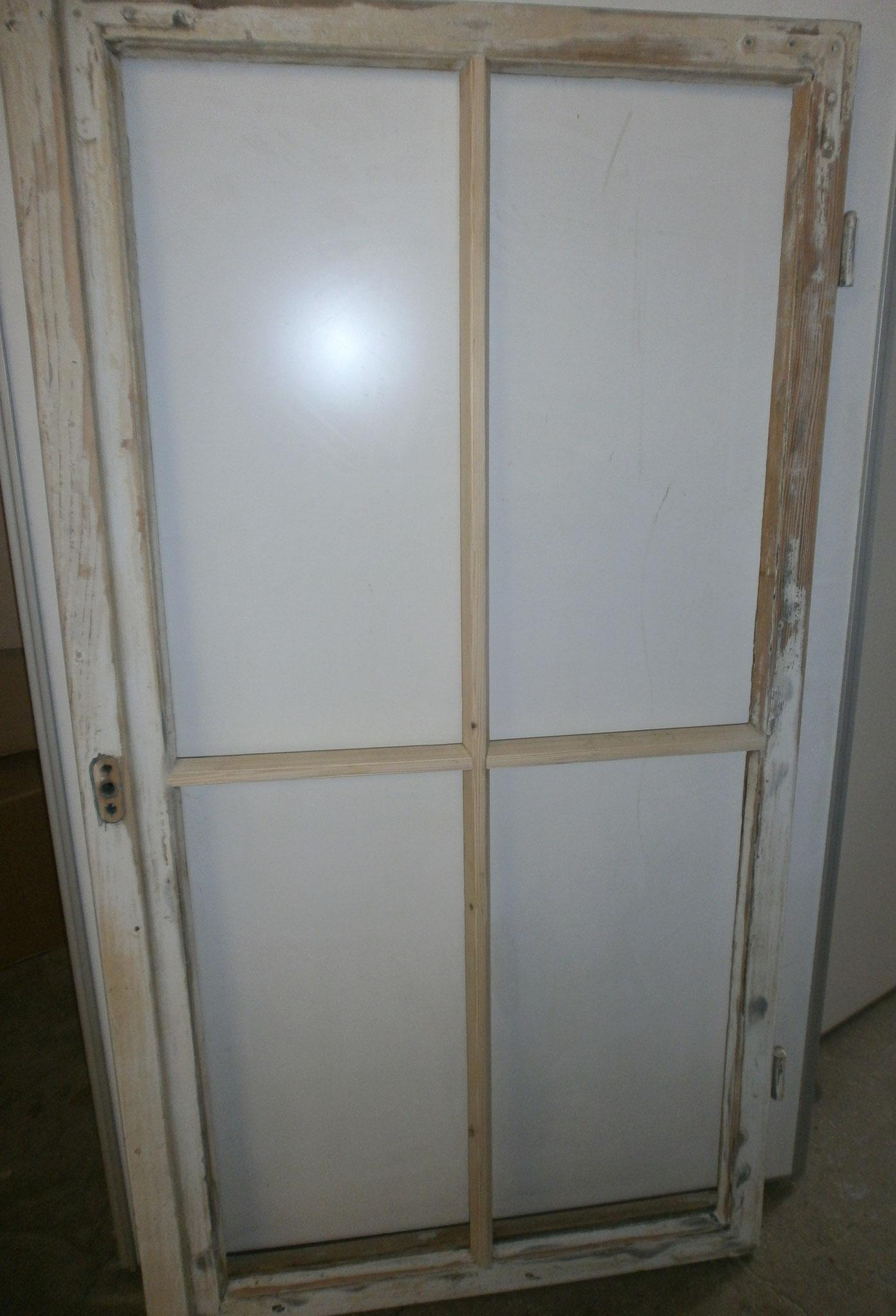 Restaurierung denkmalgeschützter Fenster - Kreuzüberplattung nach Brandschaden