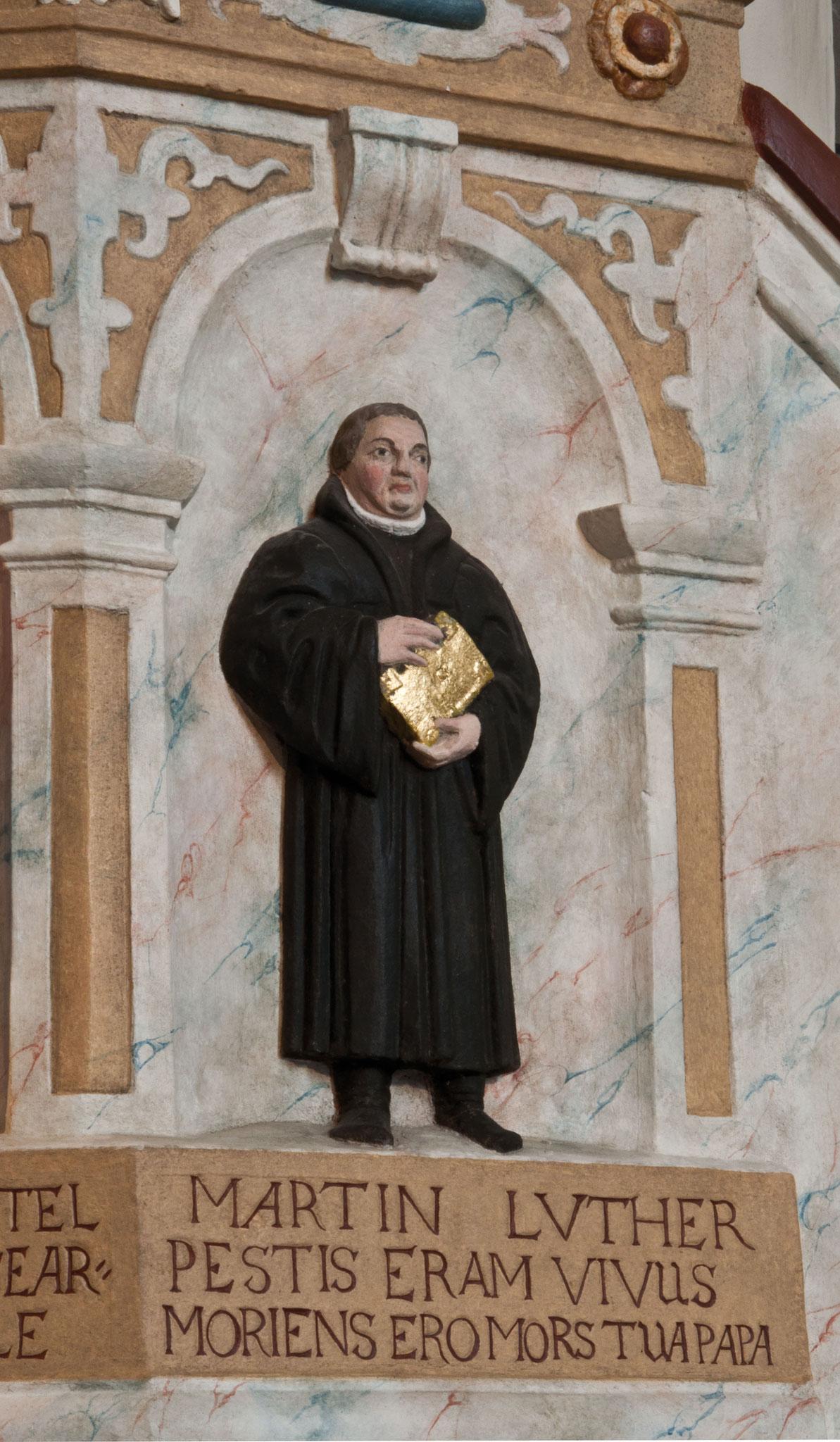 Detail Kanzel: Luther als Abschluss der Heilsgeschichte