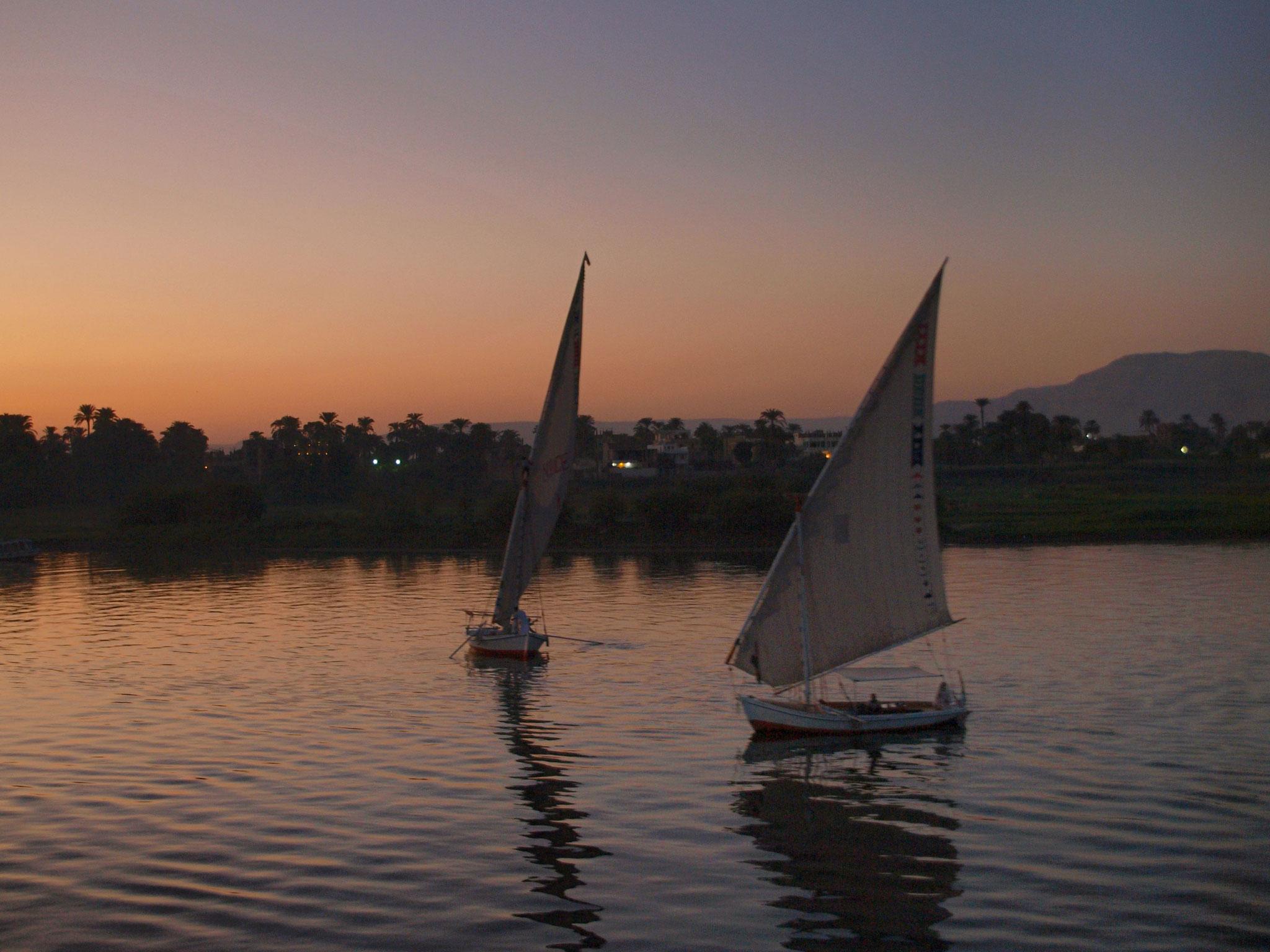 Luxor, Nil, Ägypten