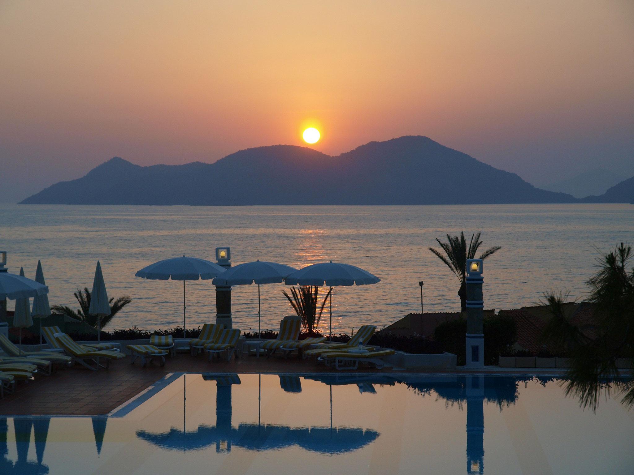 Ölü Deniz, Liberty Hotels