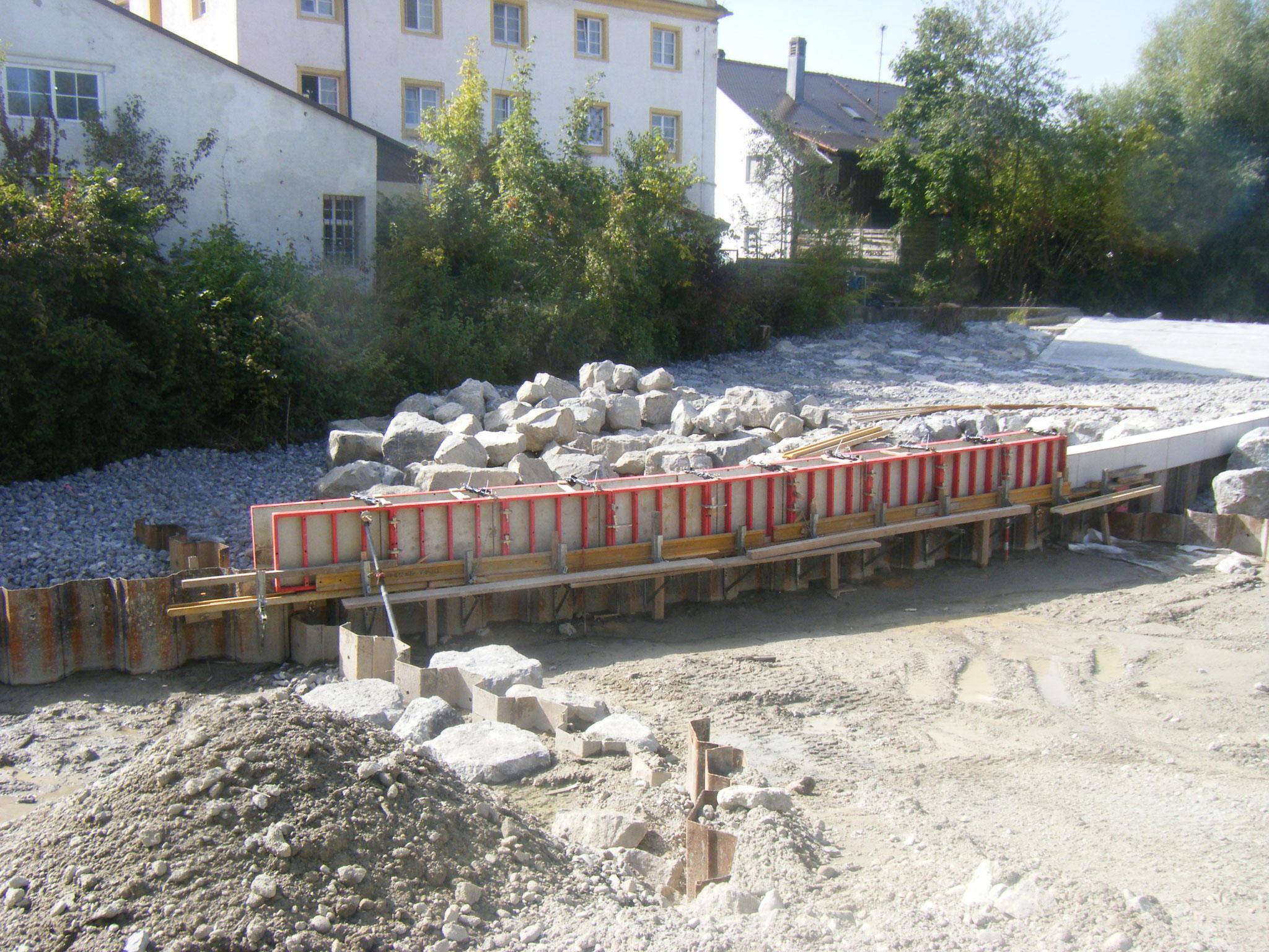 Nun geht es an die Gestaltung der Rampe und des Westufers