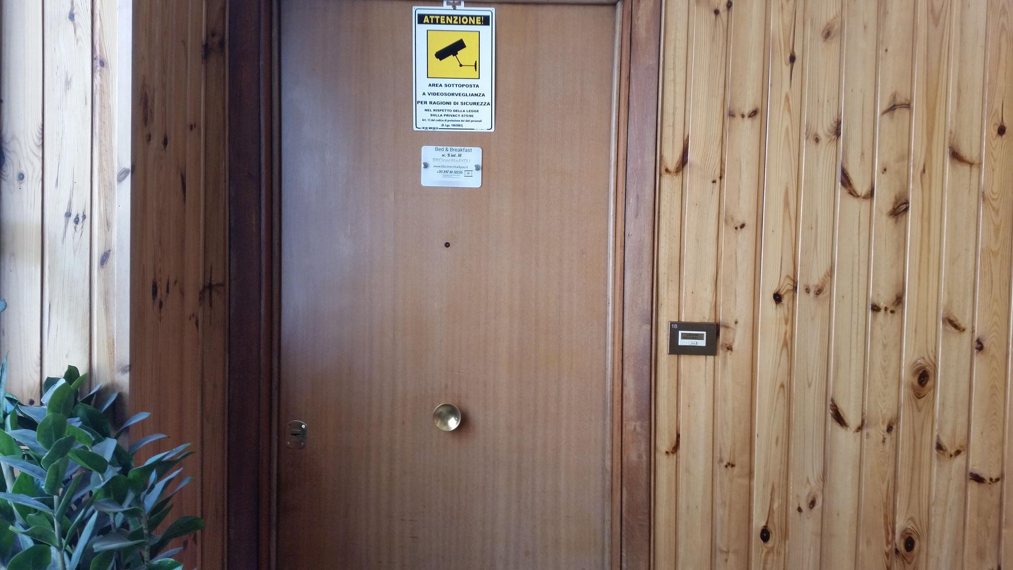 Porta D'Ingresso- BBCinecitta4YOU