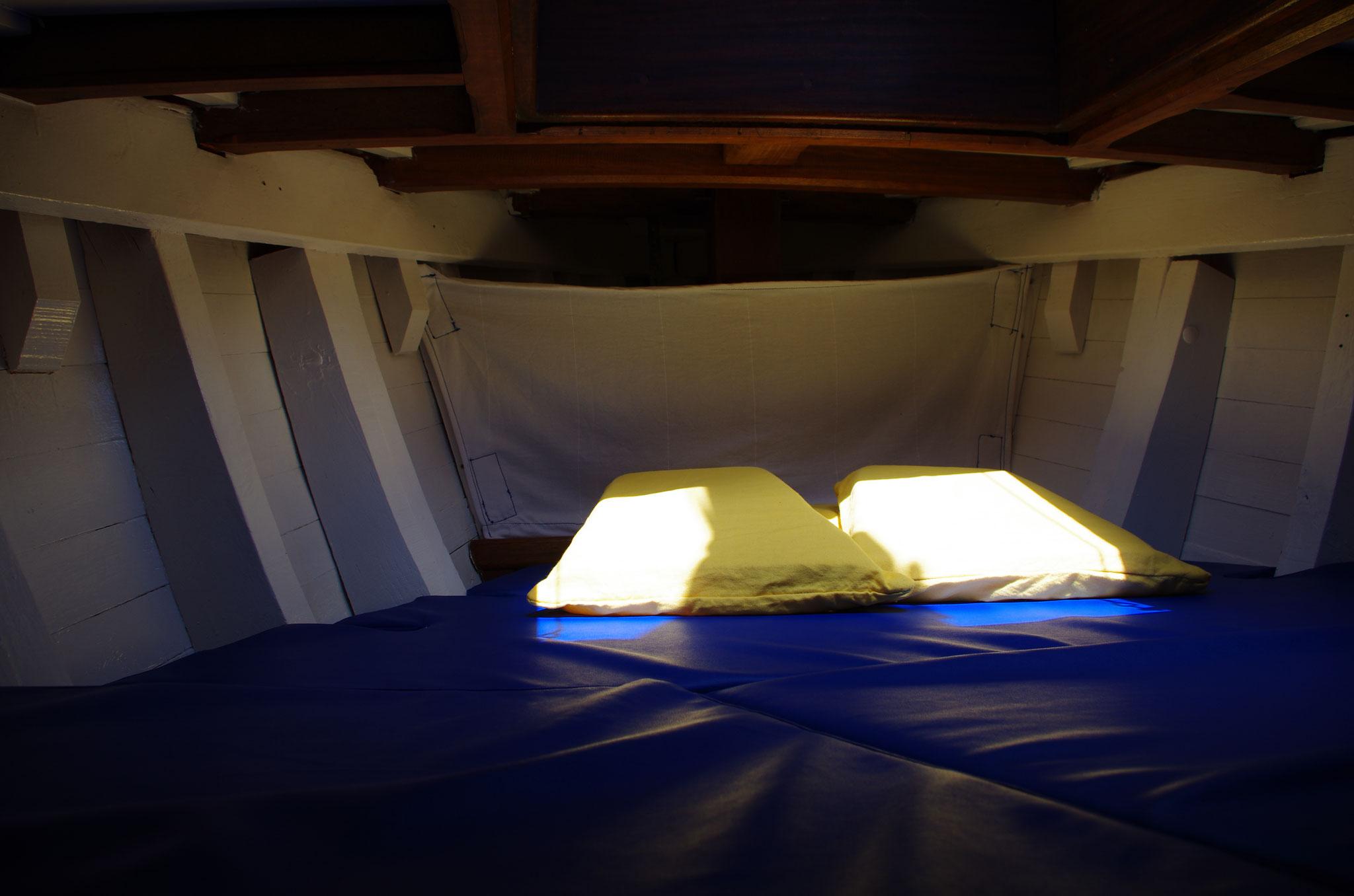 Plongeon dans couchette double avant