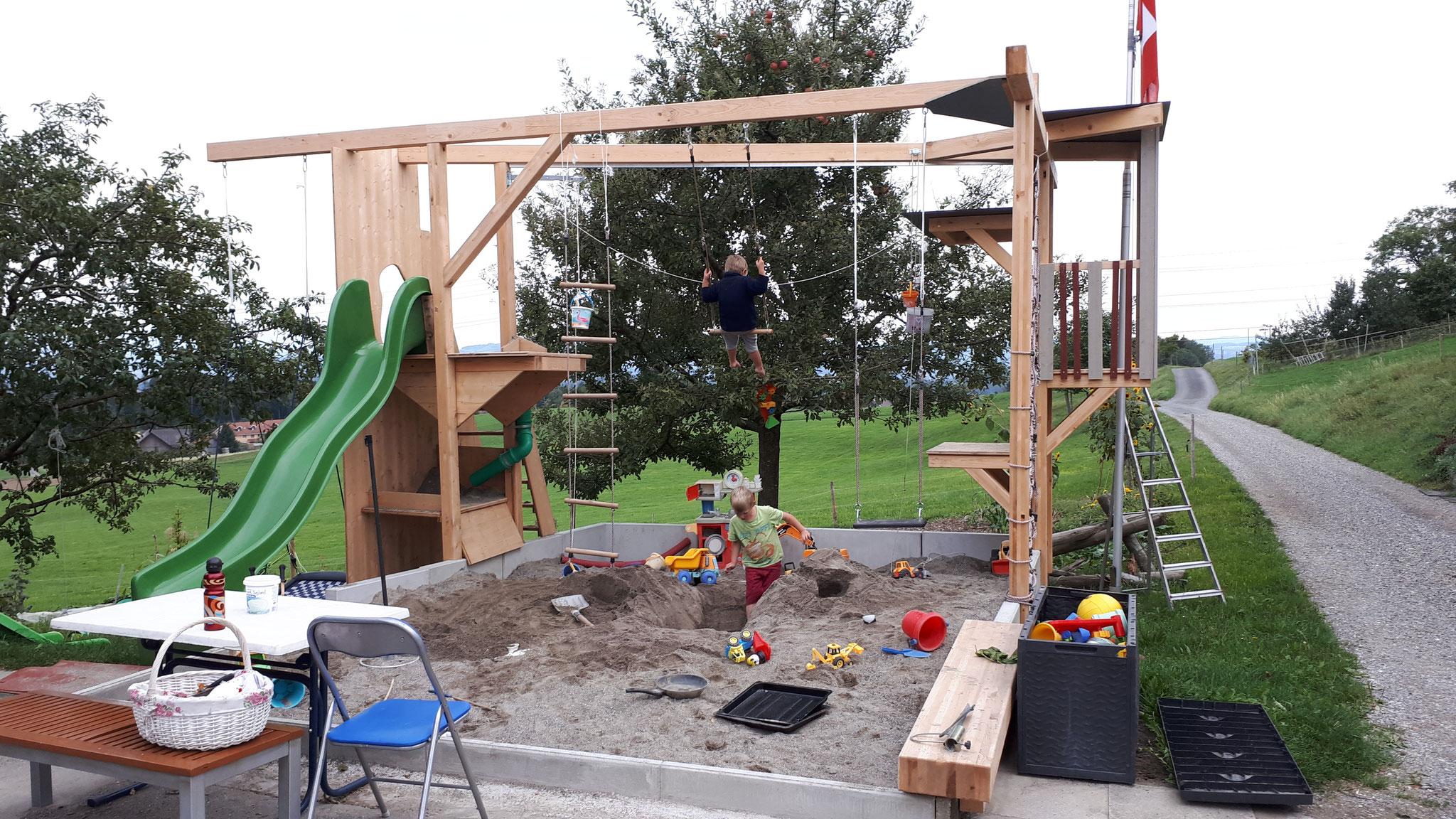 Spielplatz Bau
