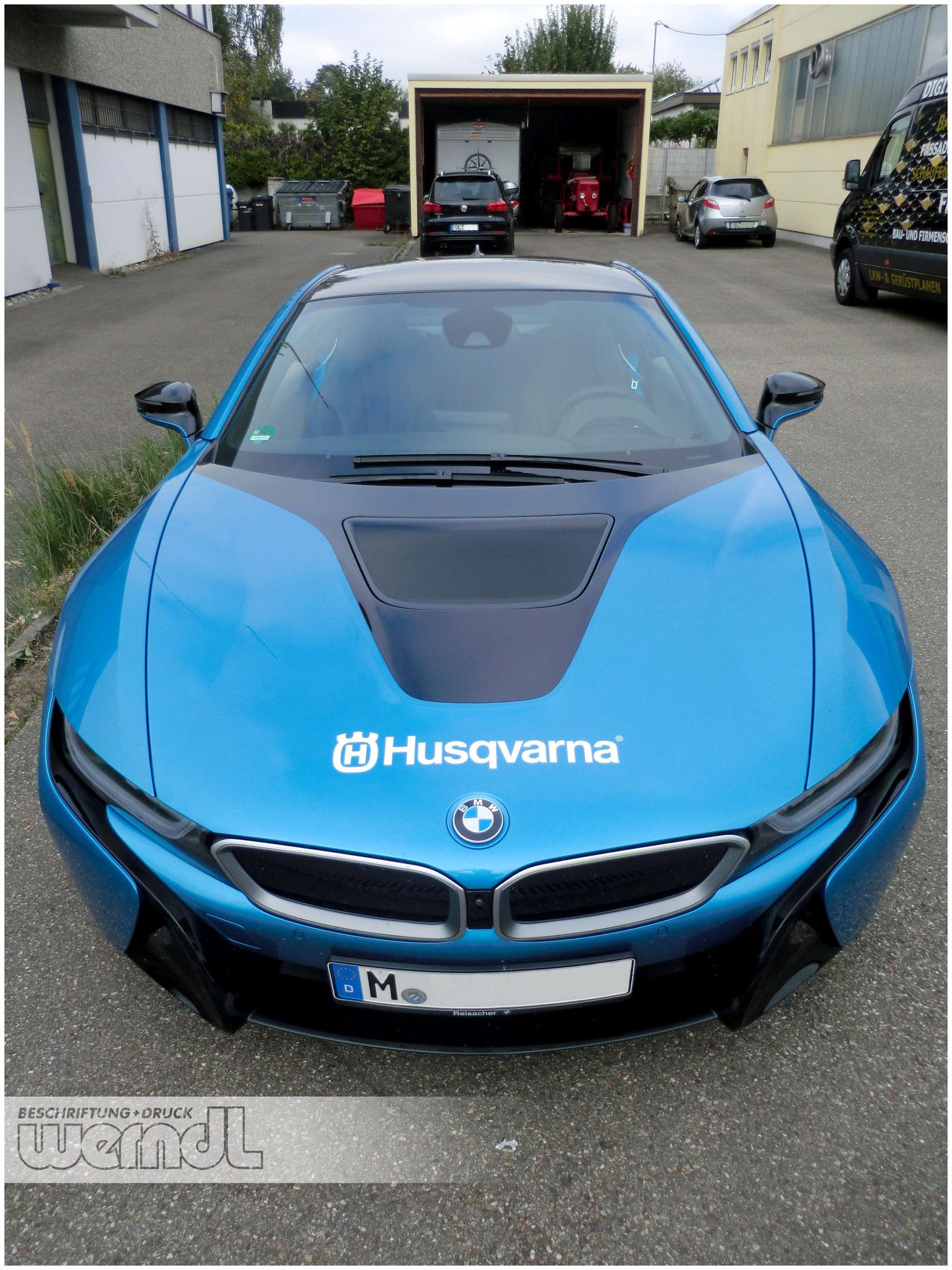 BMW i8 wiederablösbare Messebeschriftung für Husqvarna