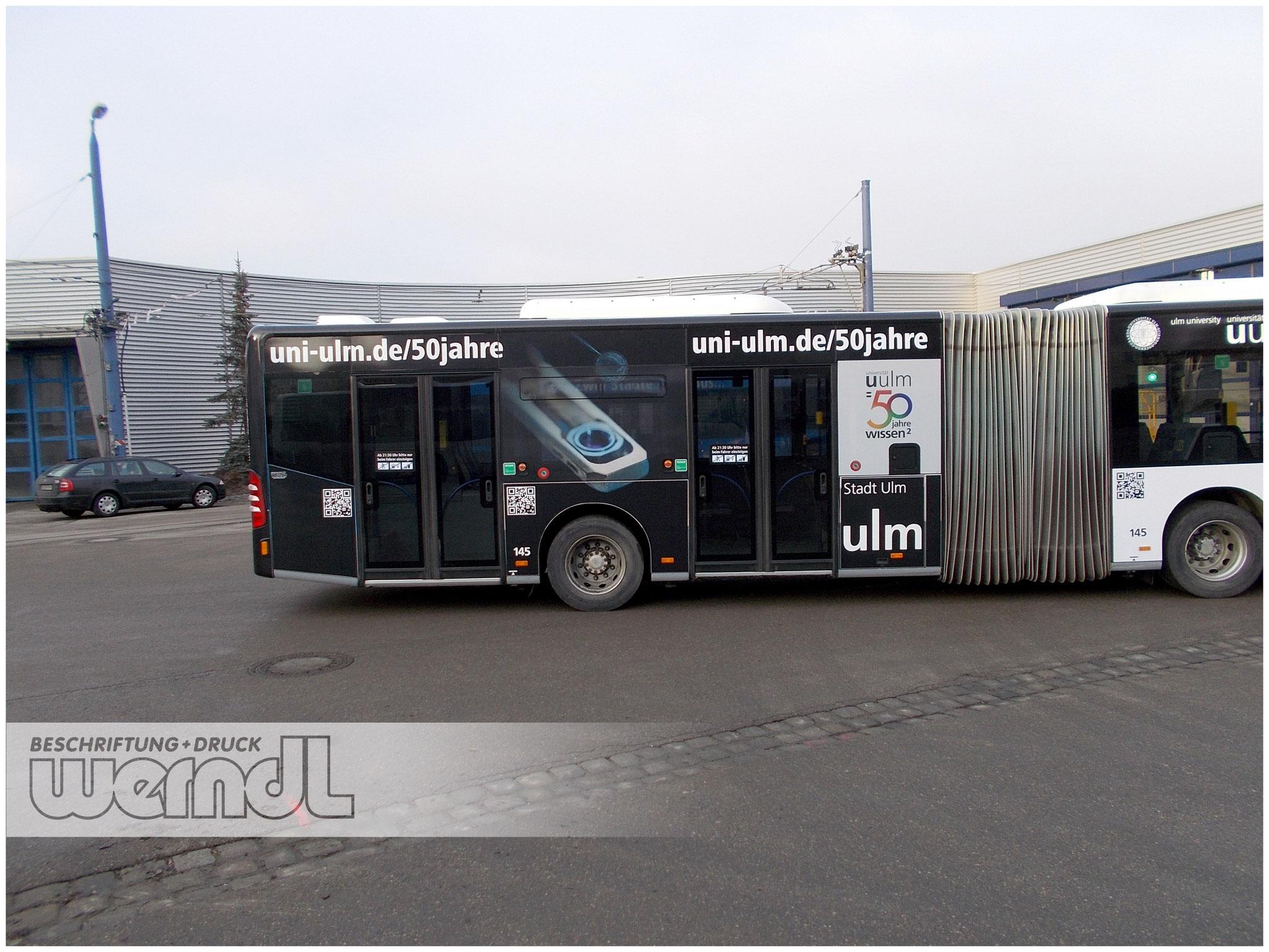 Gelenkbus Vollfolierung Uni-Ulm