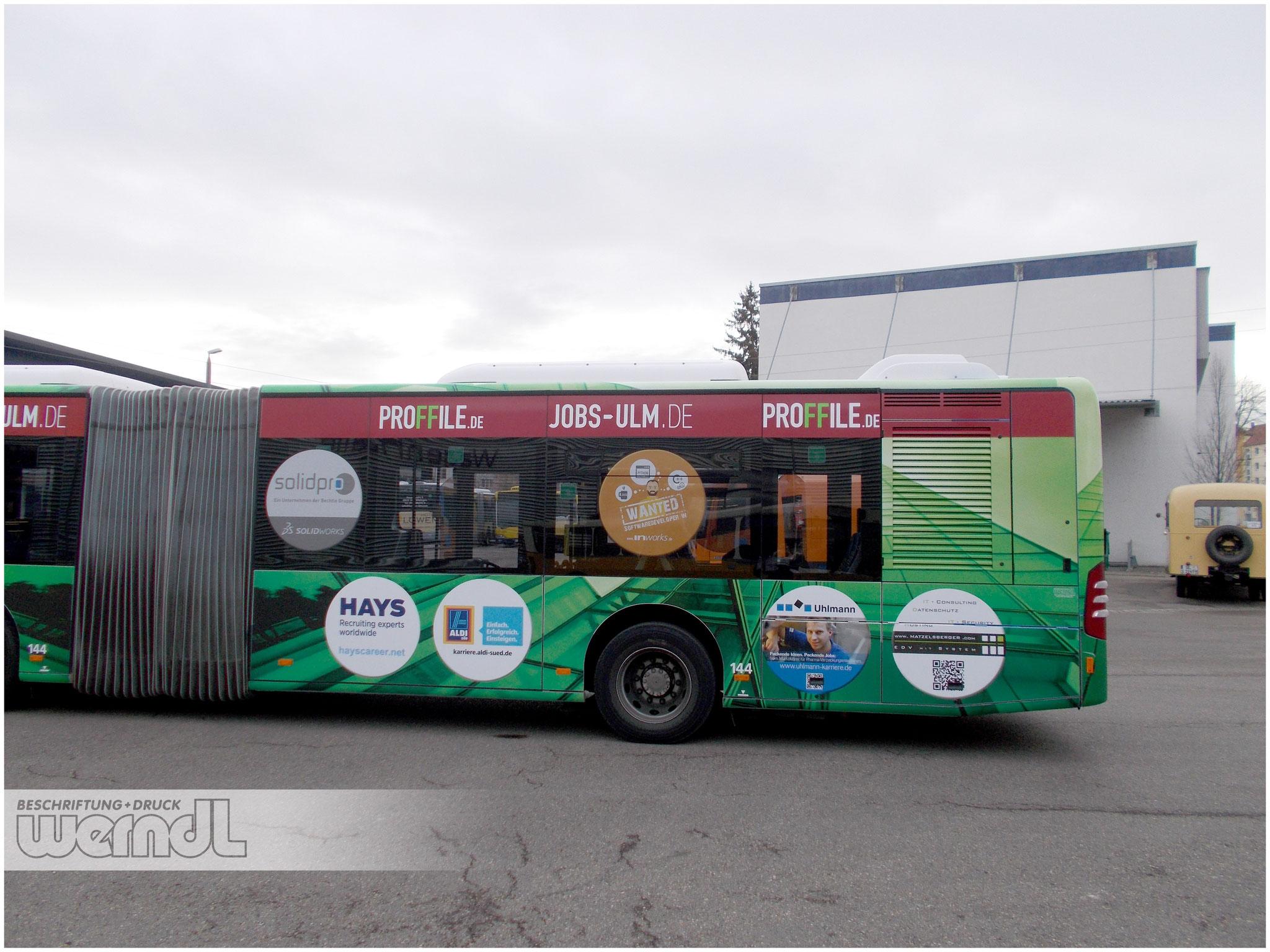 Gelenkbus Vollfolierung Jobs-Ulm / Proffile