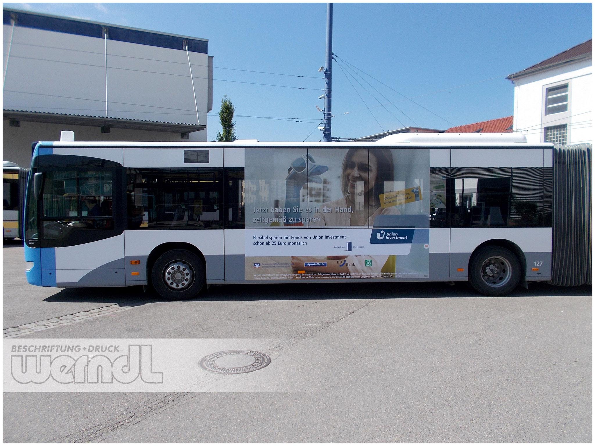 Gelenkbus Trafficboard Teilfolierungt