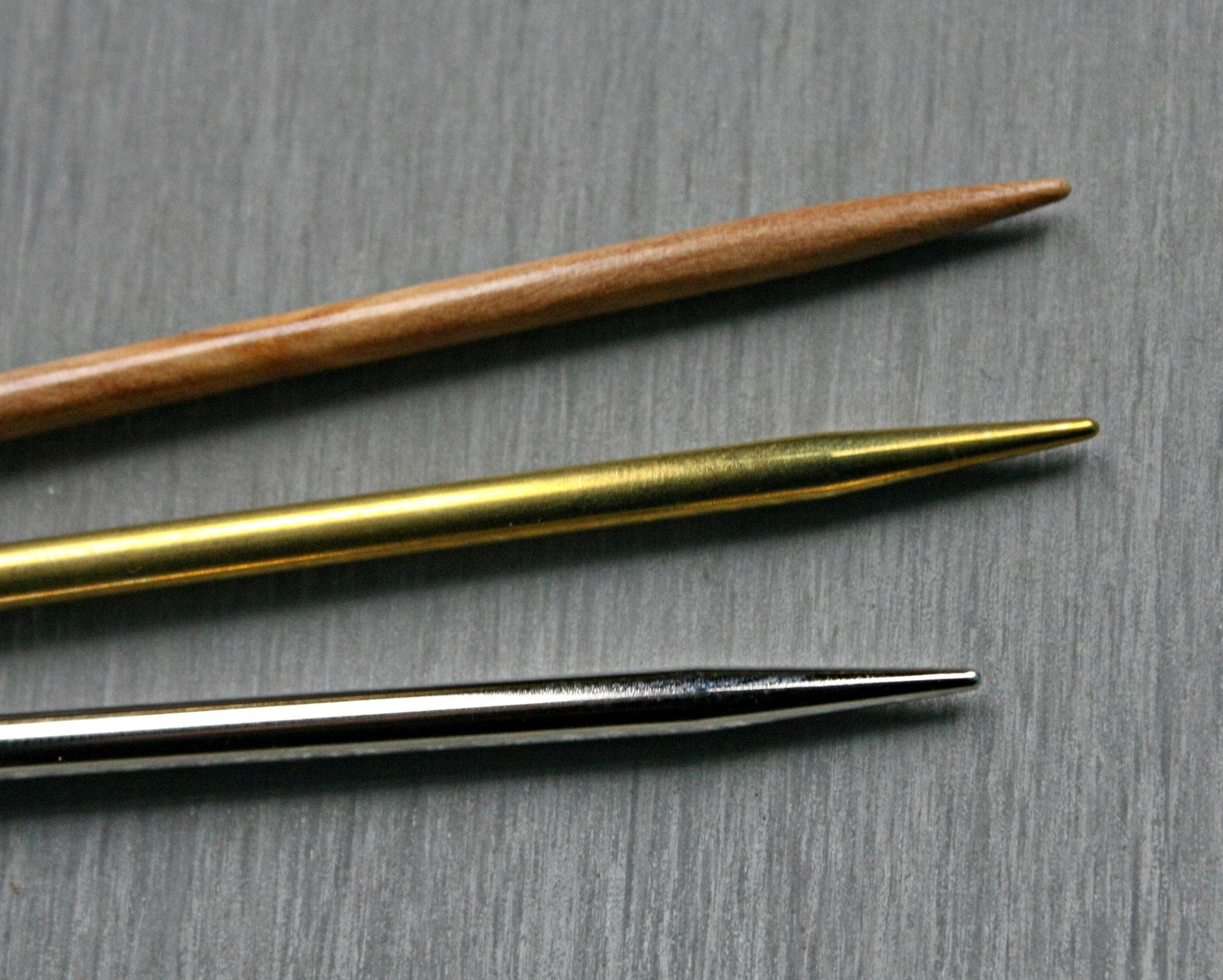 Les pointes des aiguilles lace sont parfaites pour le mohair et la dentelle.