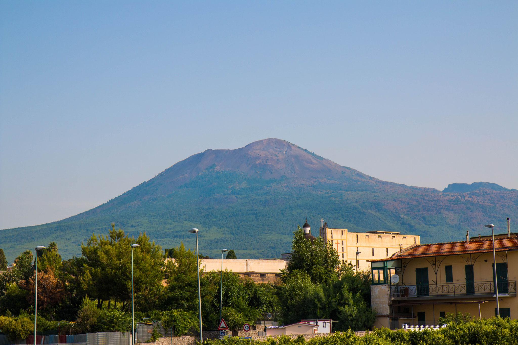 am Fuße des Vesuvs