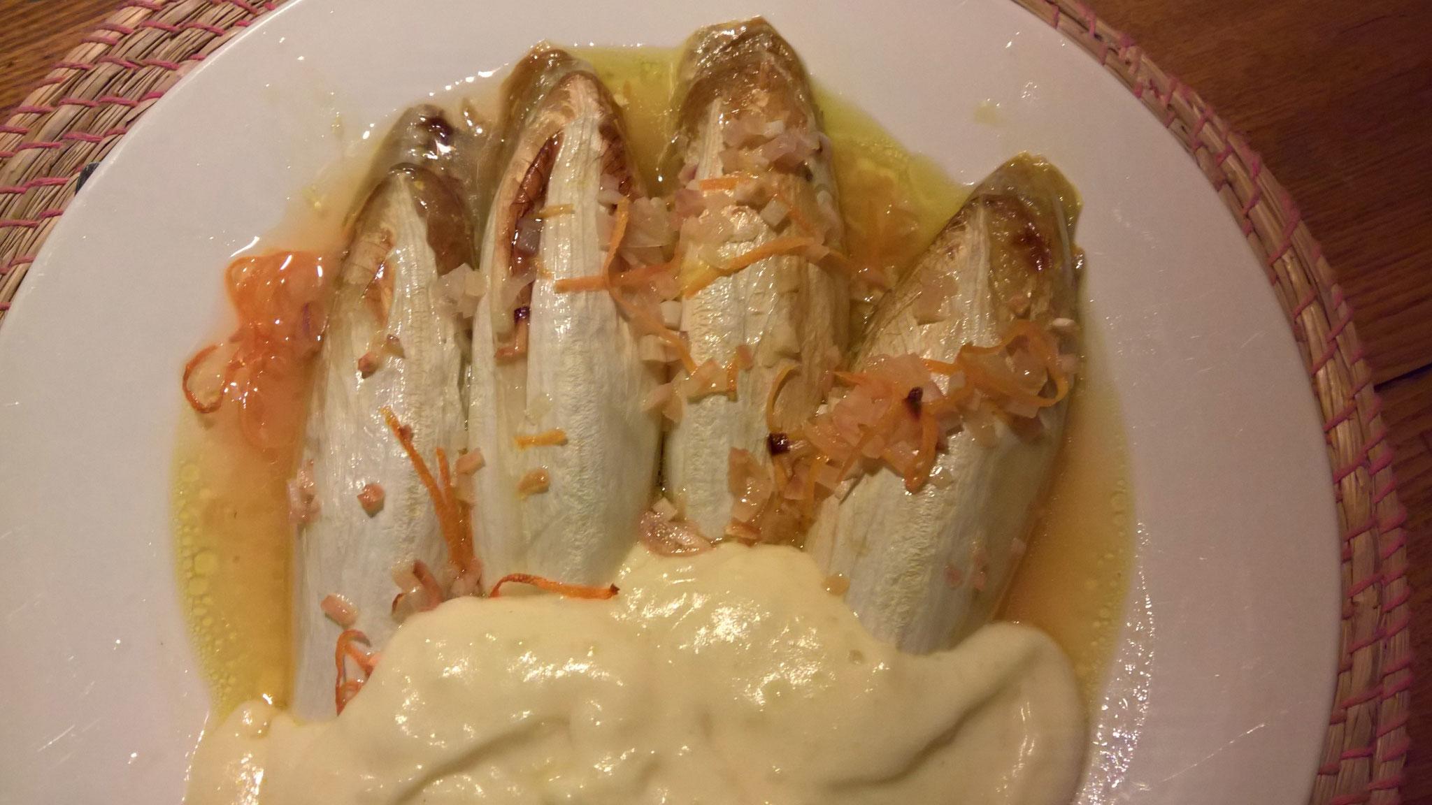Chicorée mit Kartoffelstock