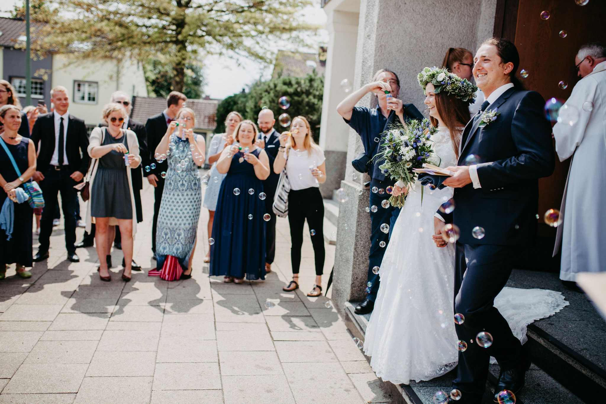 Hochzeitsfotografin Rebecca Adloff Ruhrgebiet, Essen, Düsseldorf, NRW, Oberhausen |Hochzeitsreportage |Hochzeitsfotos | kirchliche Trauung
