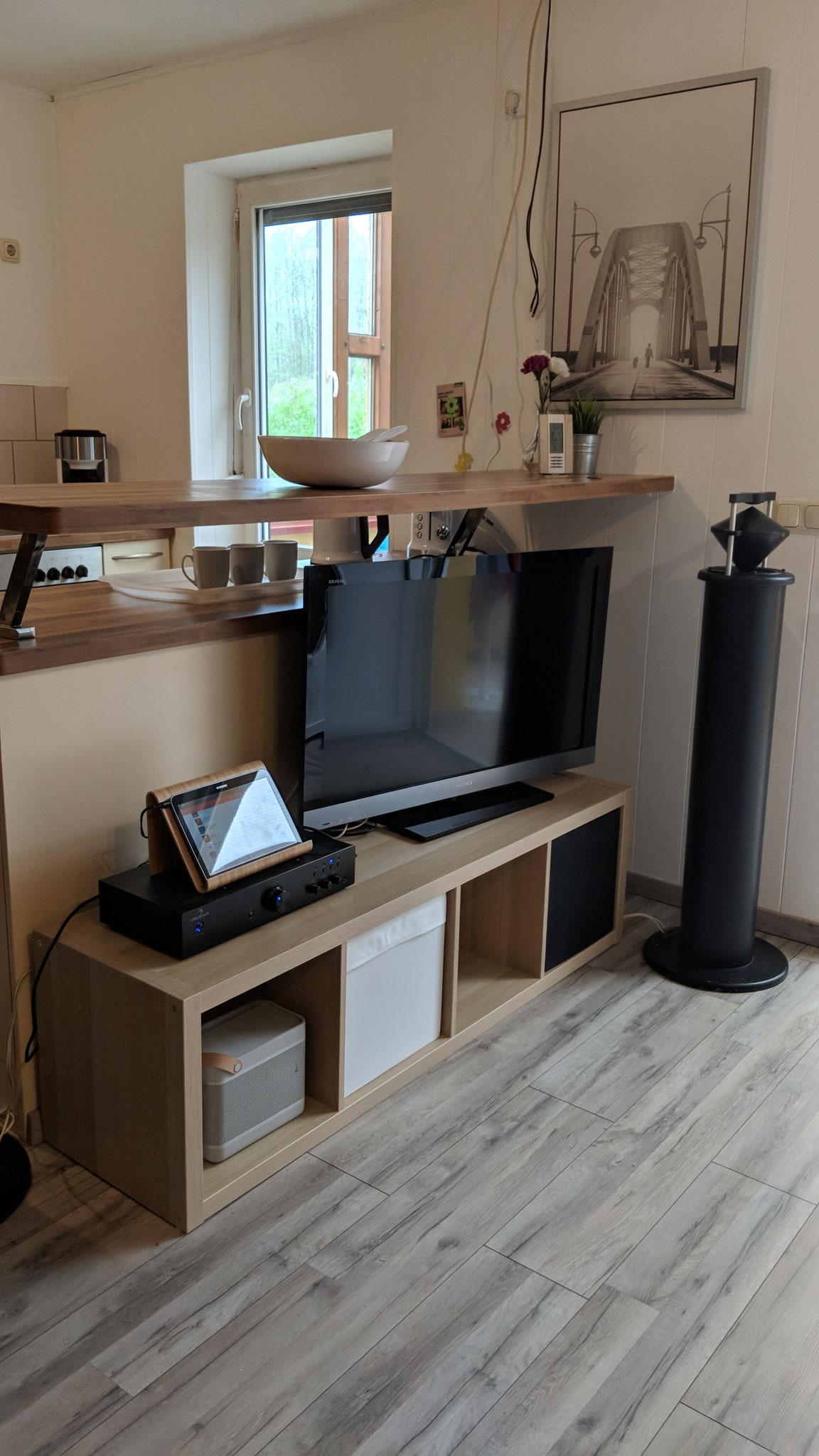 Ferienhaus Baalsee - SAT TV Schrank