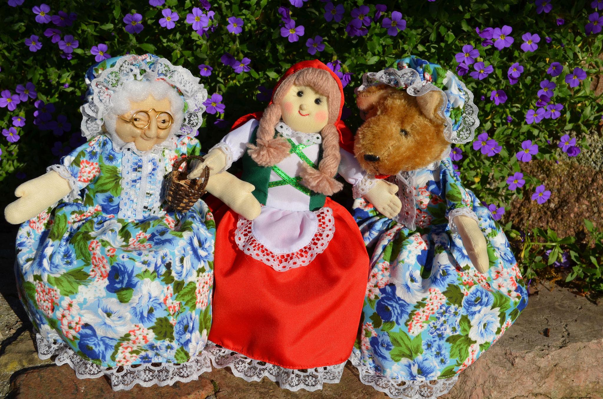 Rotkäppchen 22 cm mit Großmutter & Wolf