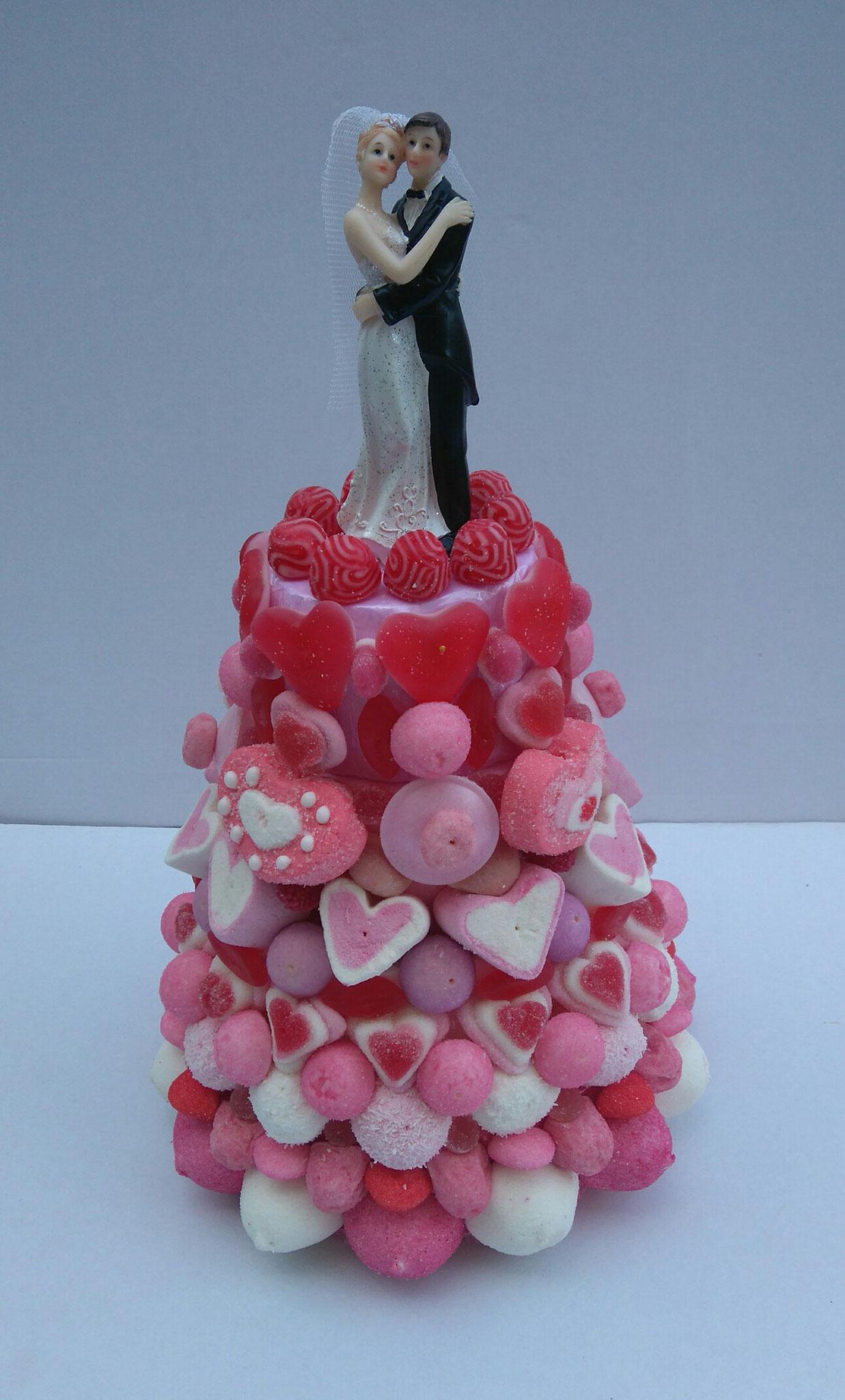 PIECE MONTEE ROSE MARIES 49 € (1100 gr et 203 bonbons - ht 38 cm diam. base 25 cm)