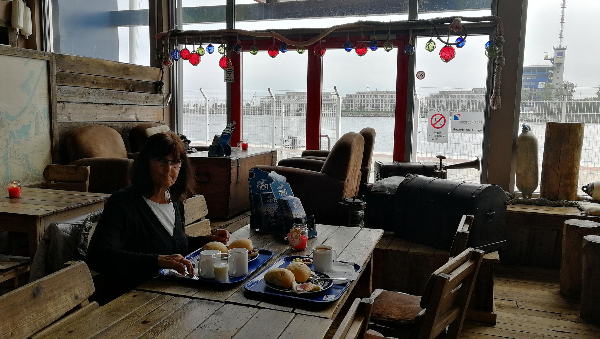 Frühstück Pier 7
