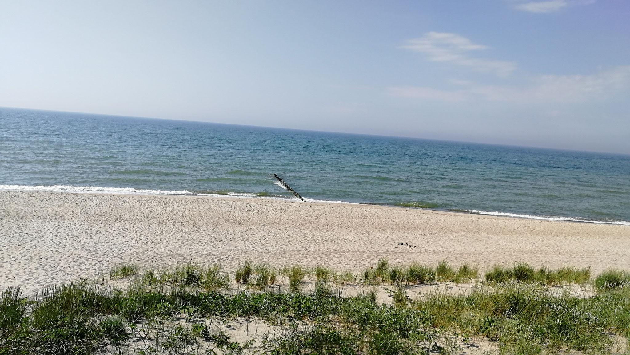 Strand menschenleer
