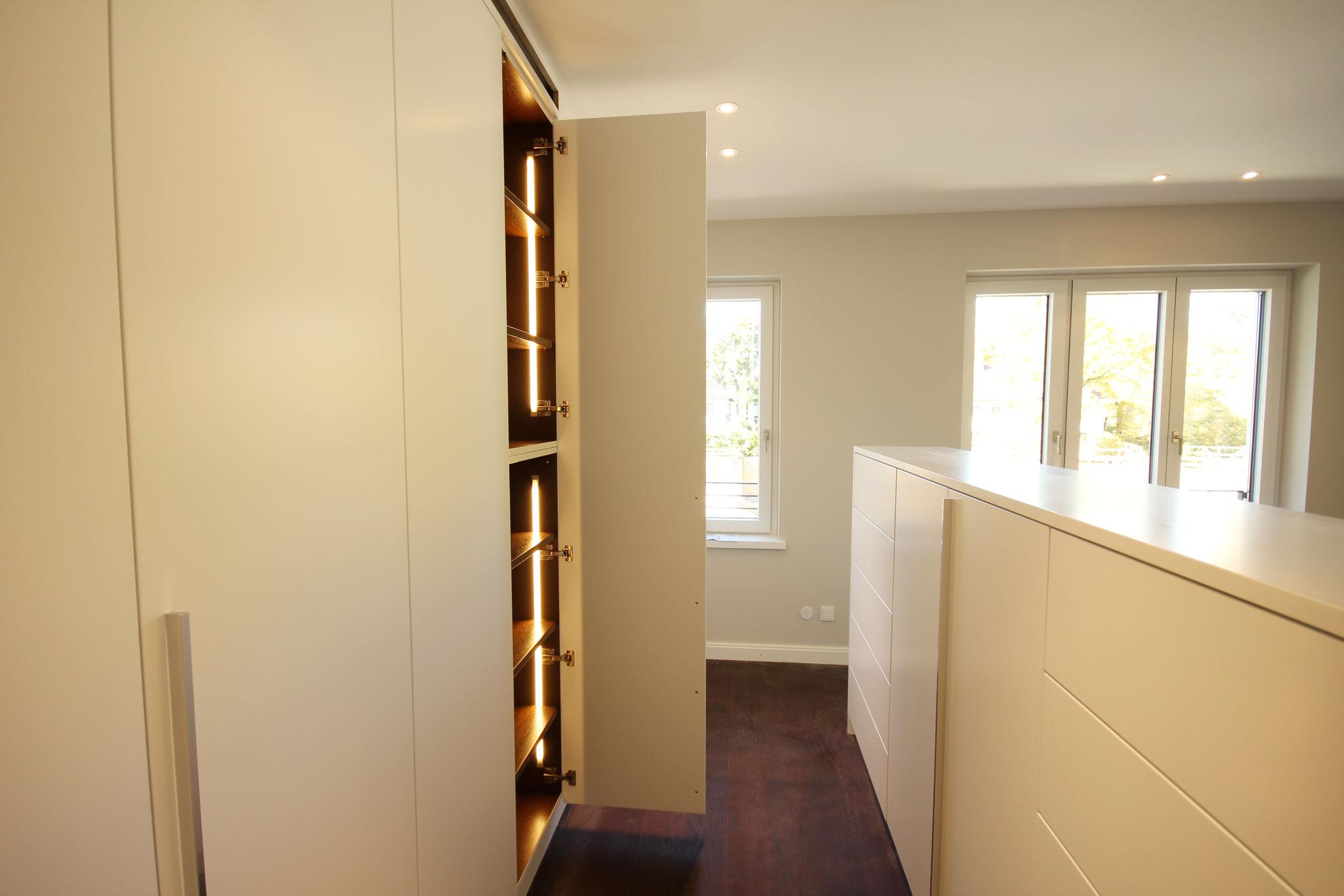 Einbauschrank Wohnung 2